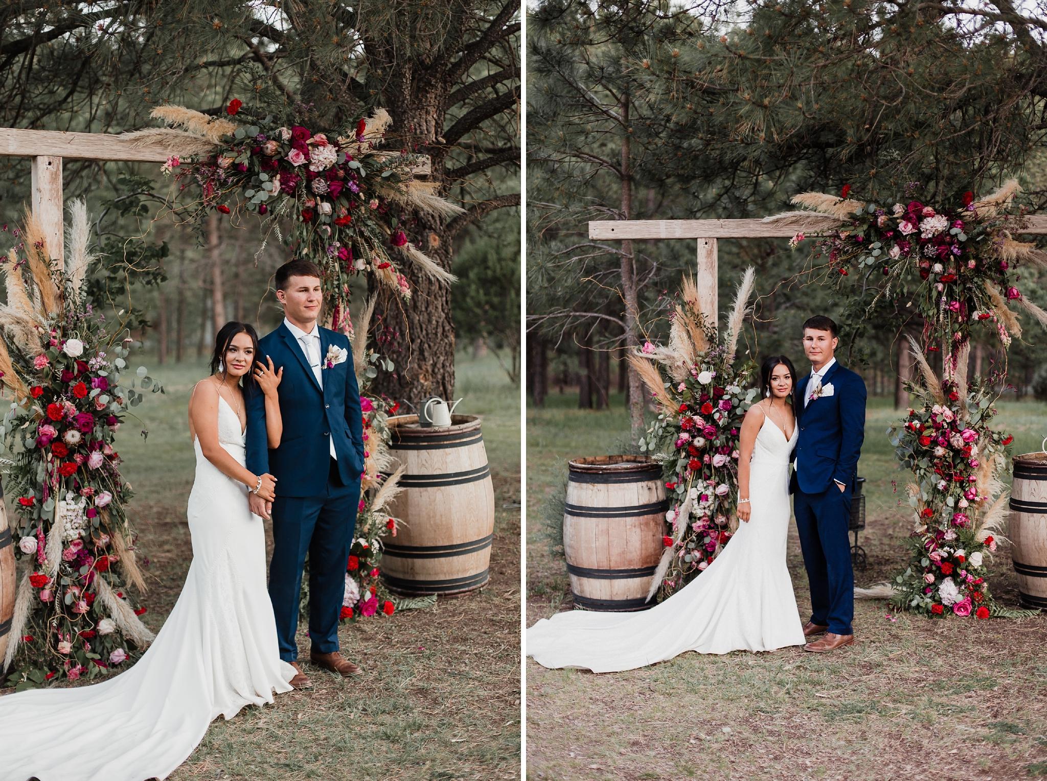 Alicia+lucia+photography+-+albuquerque+wedding+photographer+-+santa+fe+wedding+photography+-+new+mexico+wedding+photographer+-+new+mexico+wedding+-+summer+wedding+-+summer+wedding+florals+-+southwest+wedding_0015.jpg