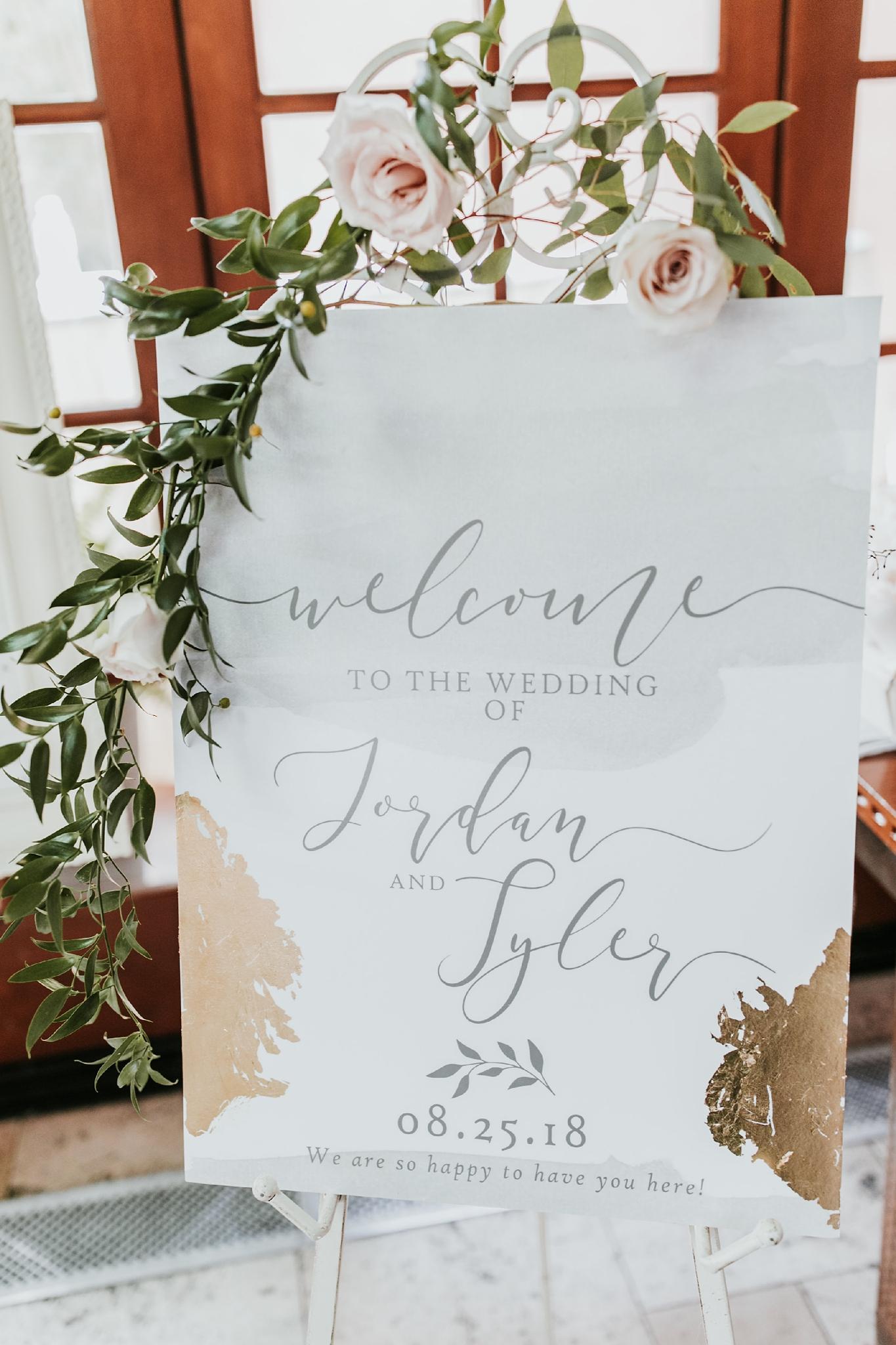 Alicia+lucia+photography+-+albuquerque+wedding+photographer+-+santa+fe+wedding+photography+-+new+mexico+wedding+photographer+-+new+mexico+wedding+-+summer+wedding+-+summer+wedding+florals+-+southwest+wedding_0030.jpg