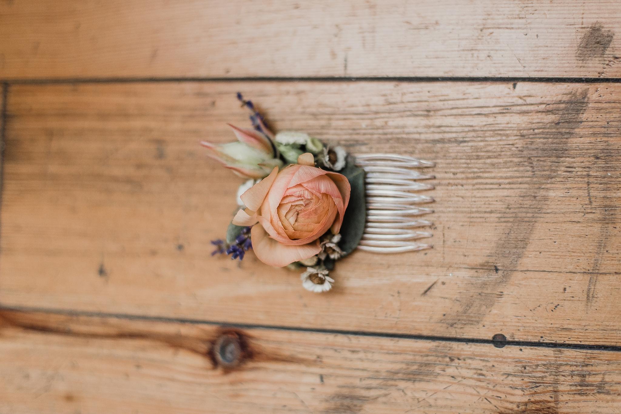 Alicia+lucia+photography+-+albuquerque+wedding+photographer+-+santa+fe+wedding+photography+-+new+mexico+wedding+photographer+-+new+mexico+wedding+-+summer+wedding+-+summer+wedding+florals+-+southwest+wedding_0043.jpg
