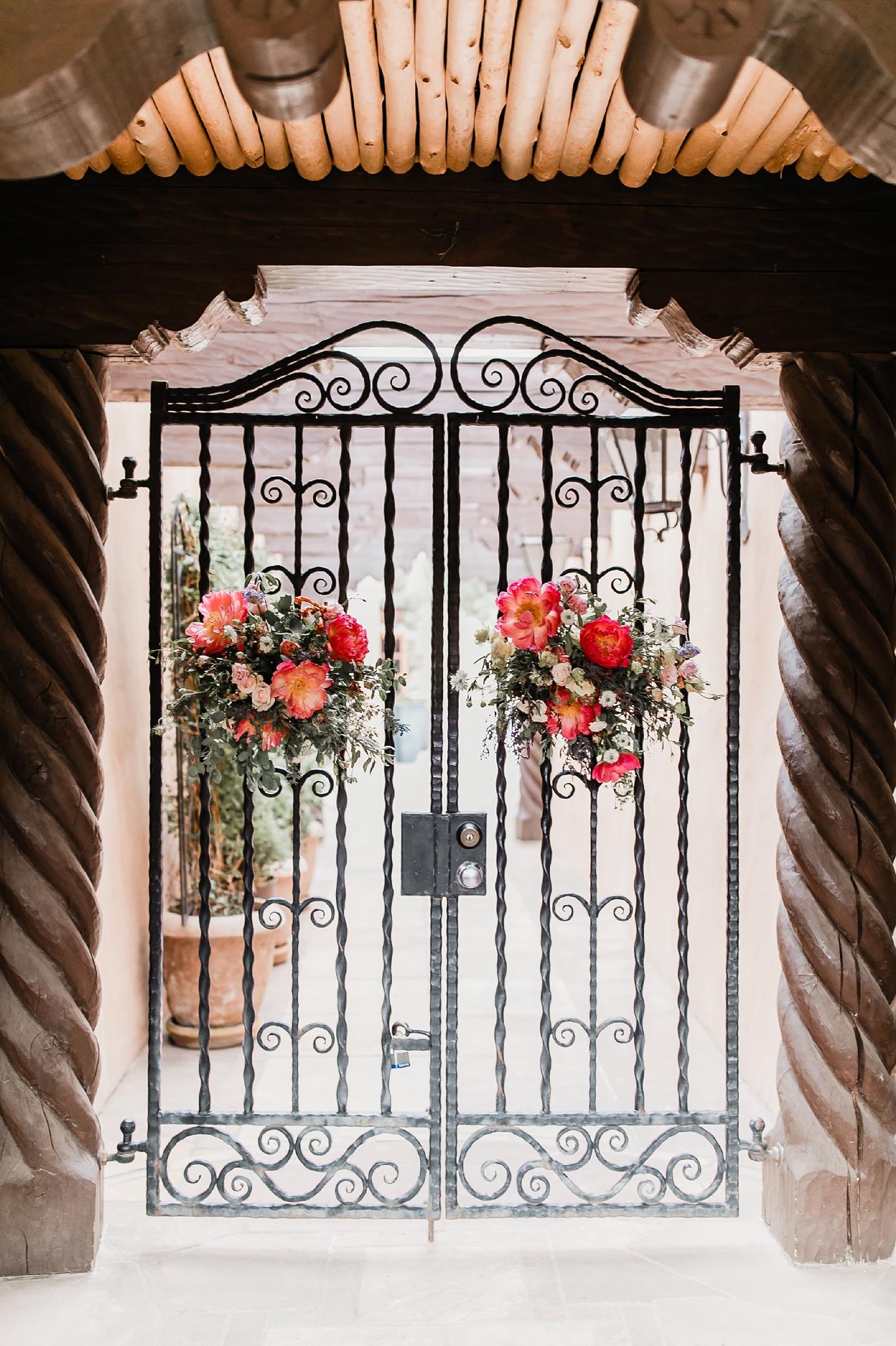 Alicia+lucia+photography+-+albuquerque+wedding+photographer+-+santa+fe+wedding+photography+-+new+mexico+wedding+photographer+-+new+mexico+wedding+-+summer+wedding+-+summer+wedding+florals+-+southwest+wedding_0050.jpg