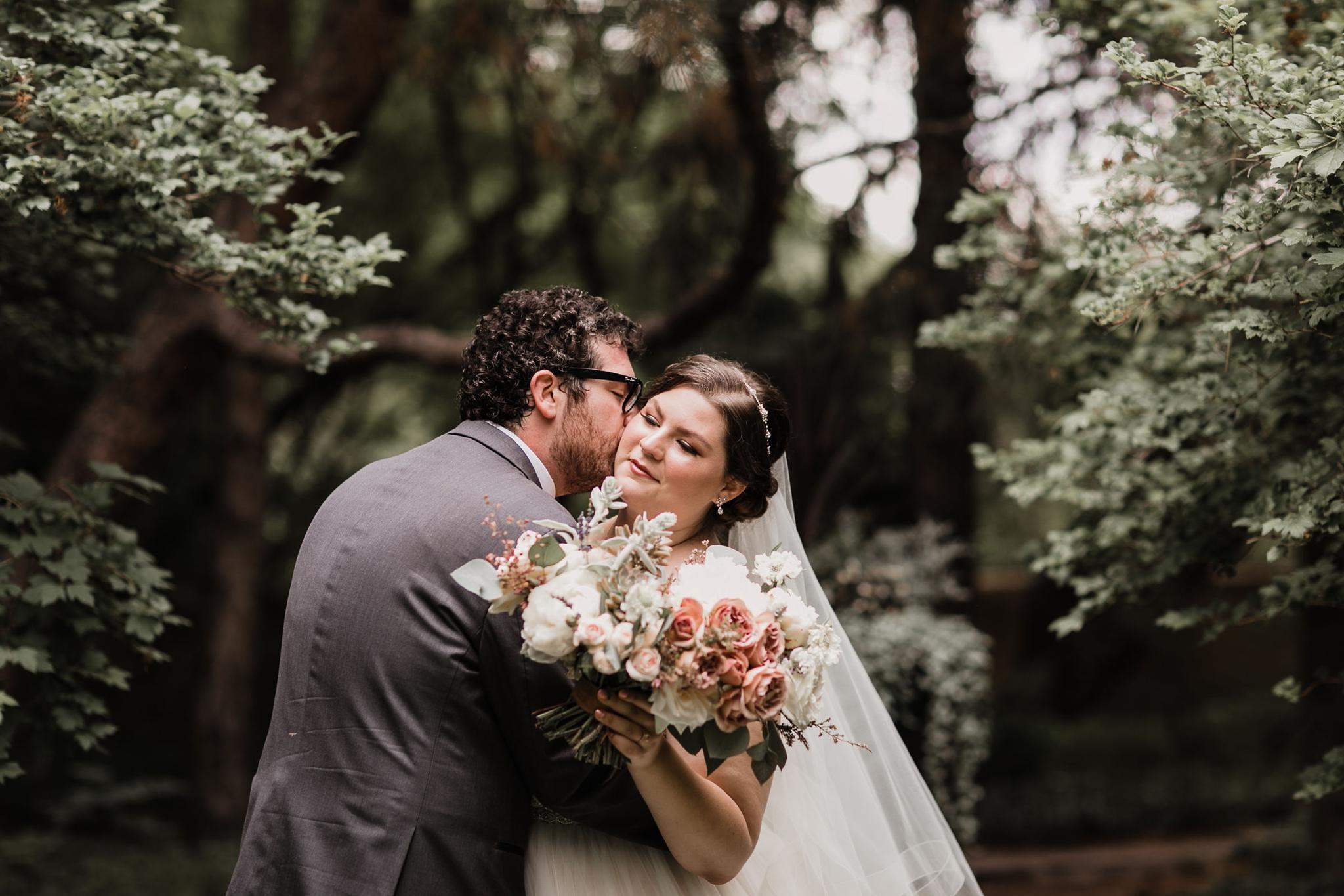 Alicia+lucia+photography+-+albuquerque+wedding+photographer+-+santa+fe+wedding+photography+-+new+mexico+wedding+photographer+-+new+mexico+wedding+-+summer+wedding+-+summer+wedding+florals+-+southwest+wedding_0059.jpg
