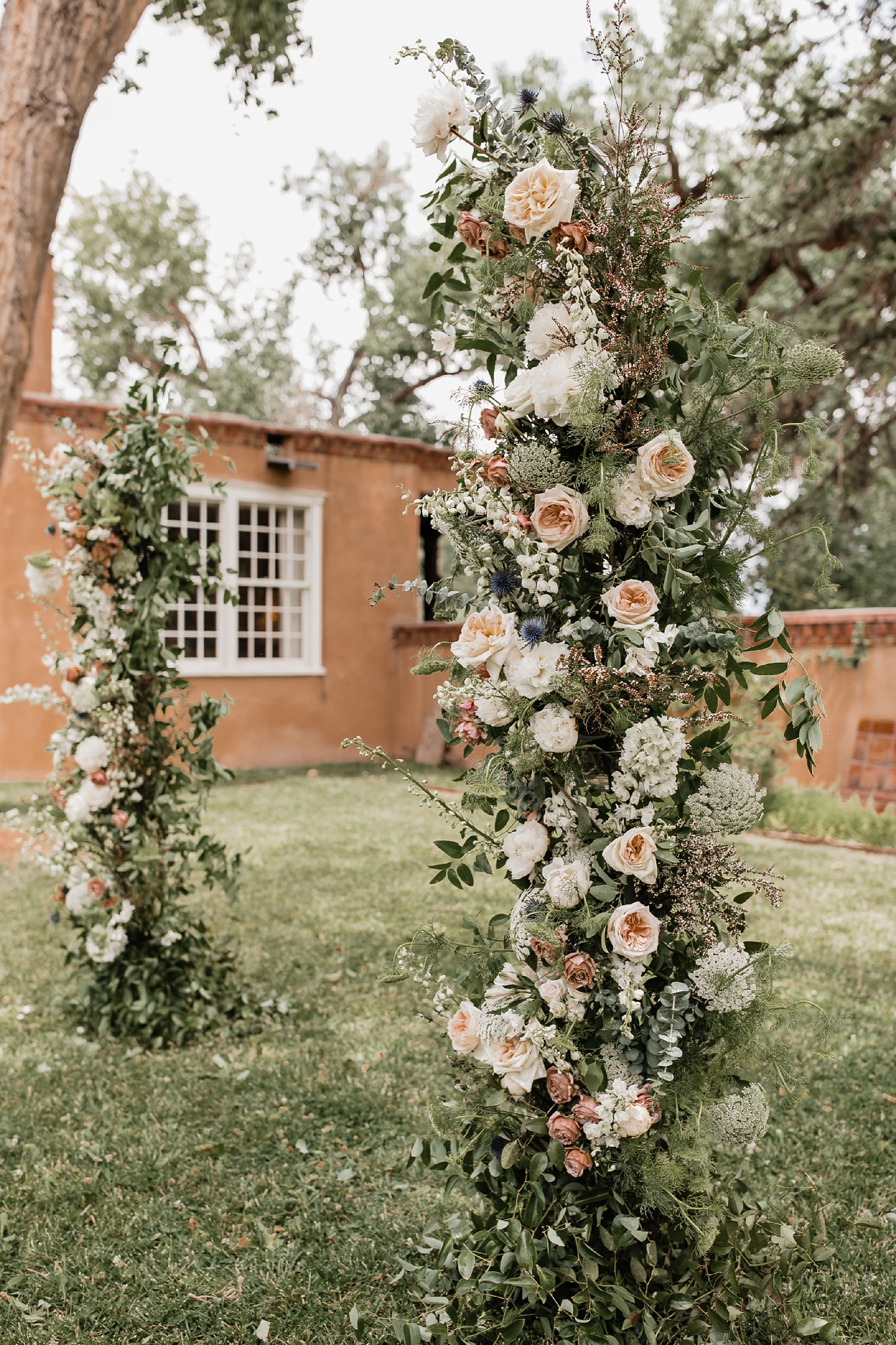 Alicia+lucia+photography+-+albuquerque+wedding+photographer+-+santa+fe+wedding+photography+-+new+mexico+wedding+photographer+-+new+mexico+wedding+-+summer+wedding+-+summer+wedding+florals+-+southwest+wedding_0060.jpg