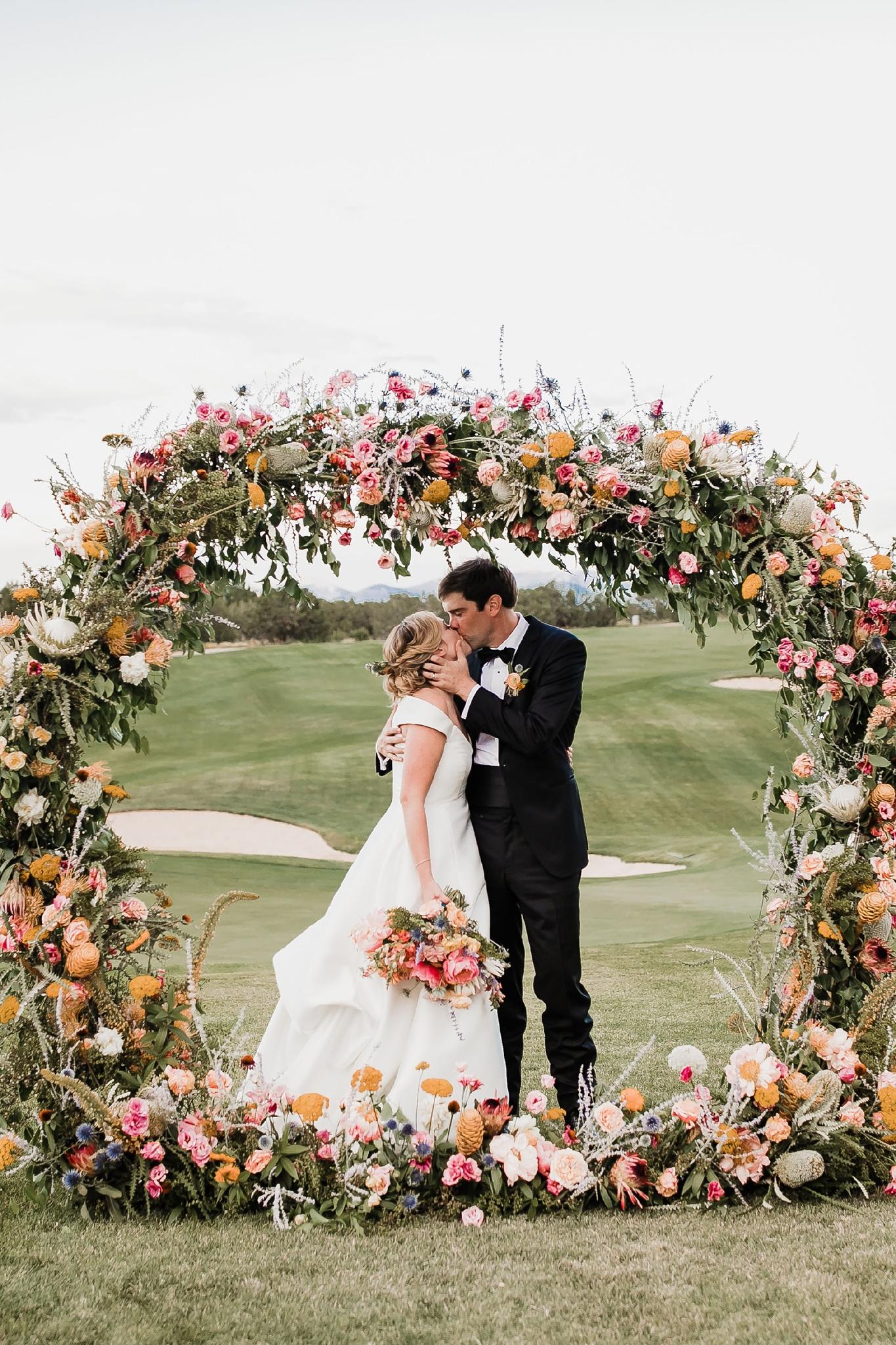 Alicia+lucia+photography+-+albuquerque+wedding+photographer+-+santa+fe+wedding+photography+-+new+mexico+wedding+photographer+-+new+mexico+wedding+-+summer+wedding+-+summer+wedding+florals+-+southwest+wedding_0066.jpg