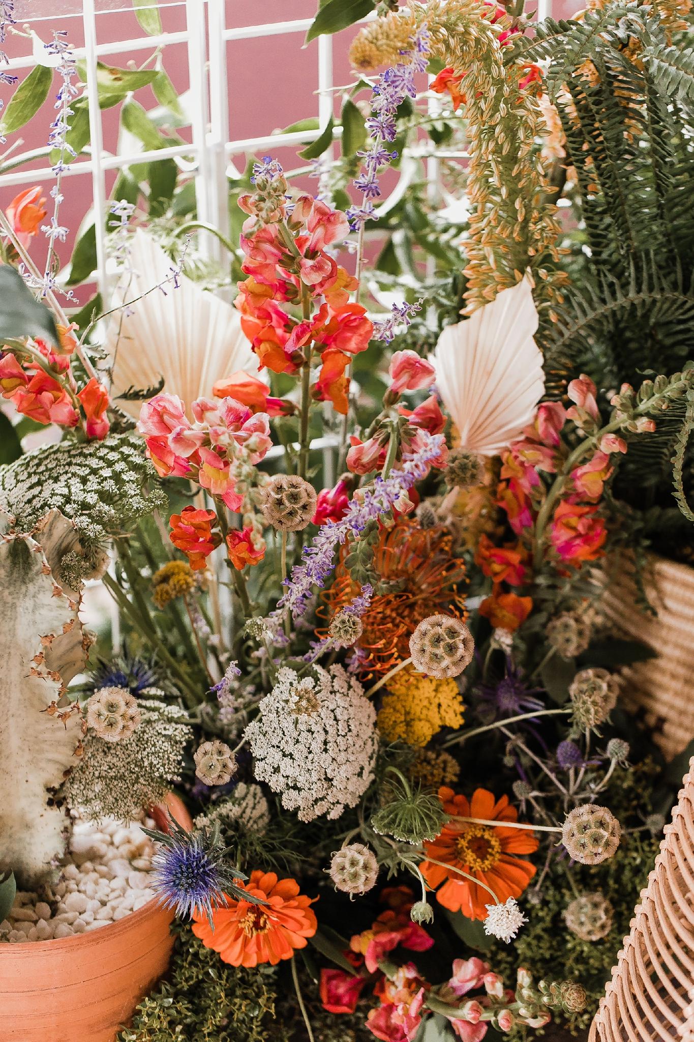 Alicia+lucia+photography+-+albuquerque+wedding+photographer+-+santa+fe+wedding+photography+-+new+mexico+wedding+photographer+-+new+mexico+wedding+-+summer+wedding+-+summer+wedding+florals+-+southwest+wedding_0078.jpg