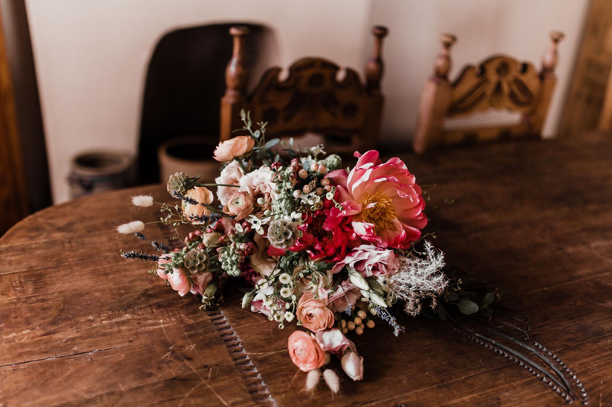 Alicia+lucia+photography+-+albuquerque+wedding+photographer+-+santa+fe+wedding+photography+-+new+mexico+wedding+photographer+-+new+mexico+wedding+-+summer+wedding+-+summer+wedding+florals+-+southwest+wedding_0093.jpg