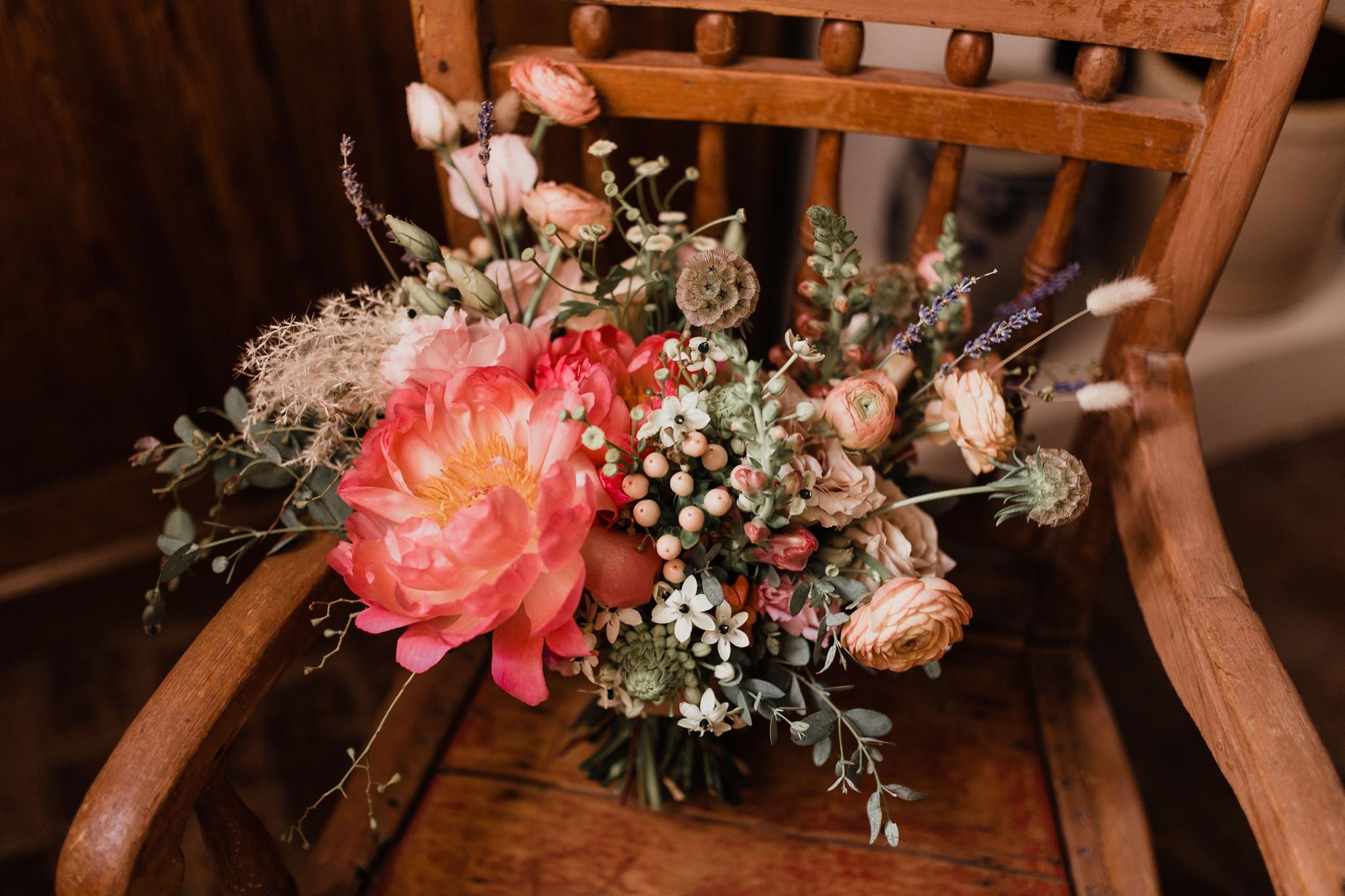 Alicia+lucia+photography+-+albuquerque+wedding+photographer+-+santa+fe+wedding+photography+-+new+mexico+wedding+photographer+-+new+mexico+wedding+-+summer+wedding+-+summer+wedding+florals+-+southwest+wedding_0098.jpg