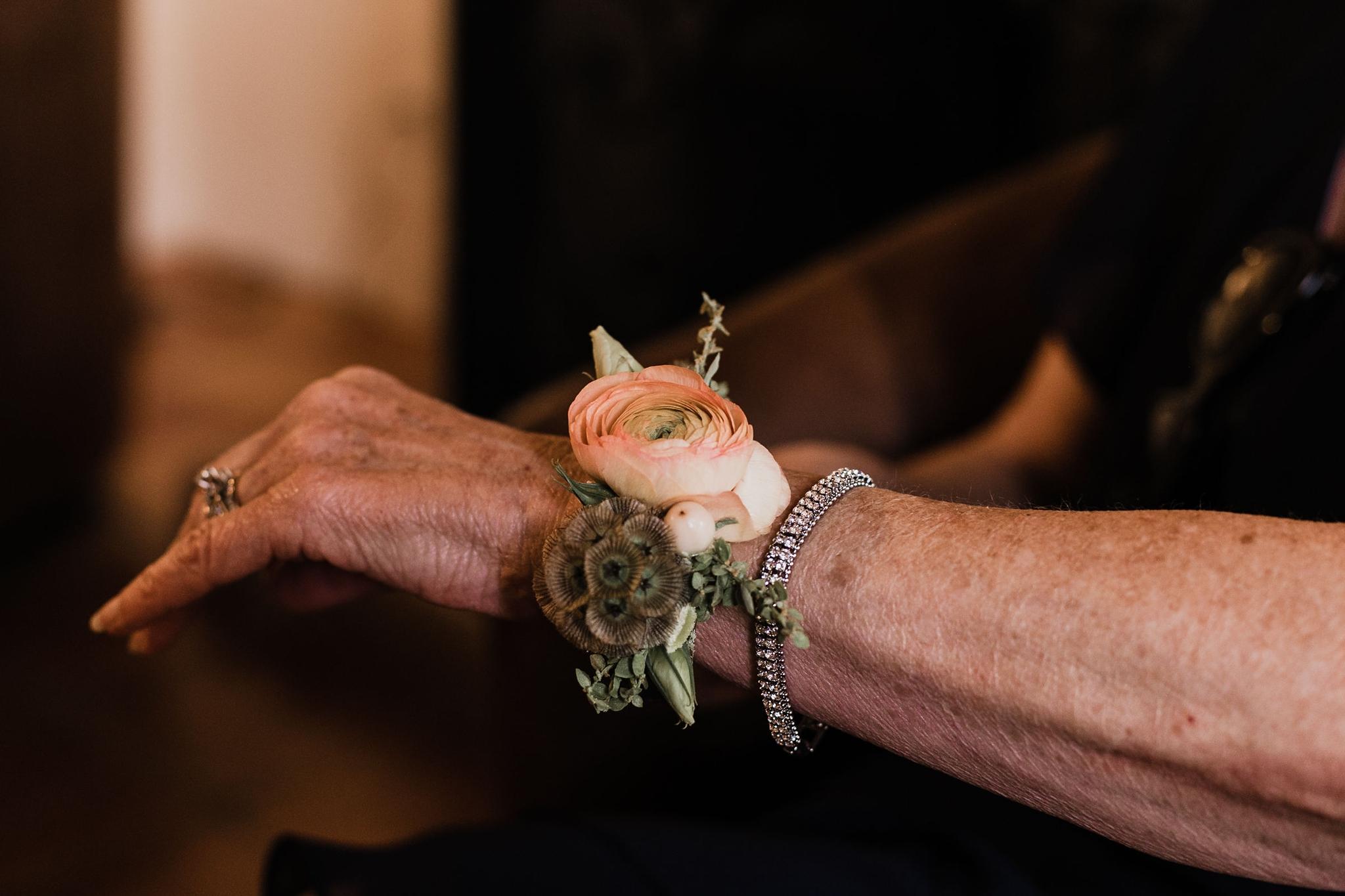 Alicia+lucia+photography+-+albuquerque+wedding+photographer+-+santa+fe+wedding+photography+-+new+mexico+wedding+photographer+-+new+mexico+wedding+-+summer+wedding+-+summer+wedding+florals+-+southwest+wedding_0100.jpg