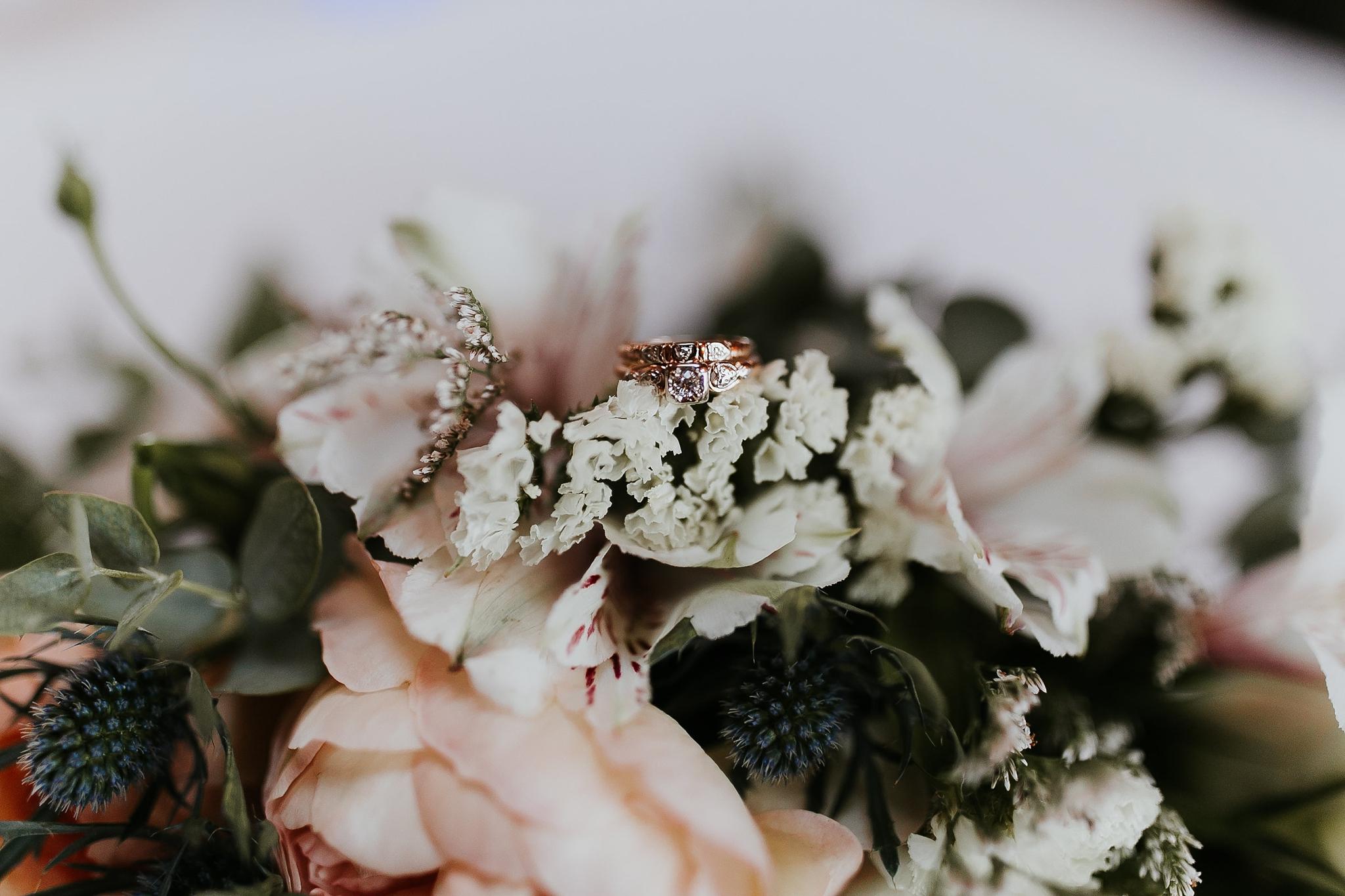 Alicia+lucia+photography+-+albuquerque+wedding+photographer+-+santa+fe+wedding+photography+-+new+mexico+wedding+photographer+-+new+mexico+wedding+-+summer+wedding+-+summer+wedding+florals+-+southwest+wedding_0119.jpg