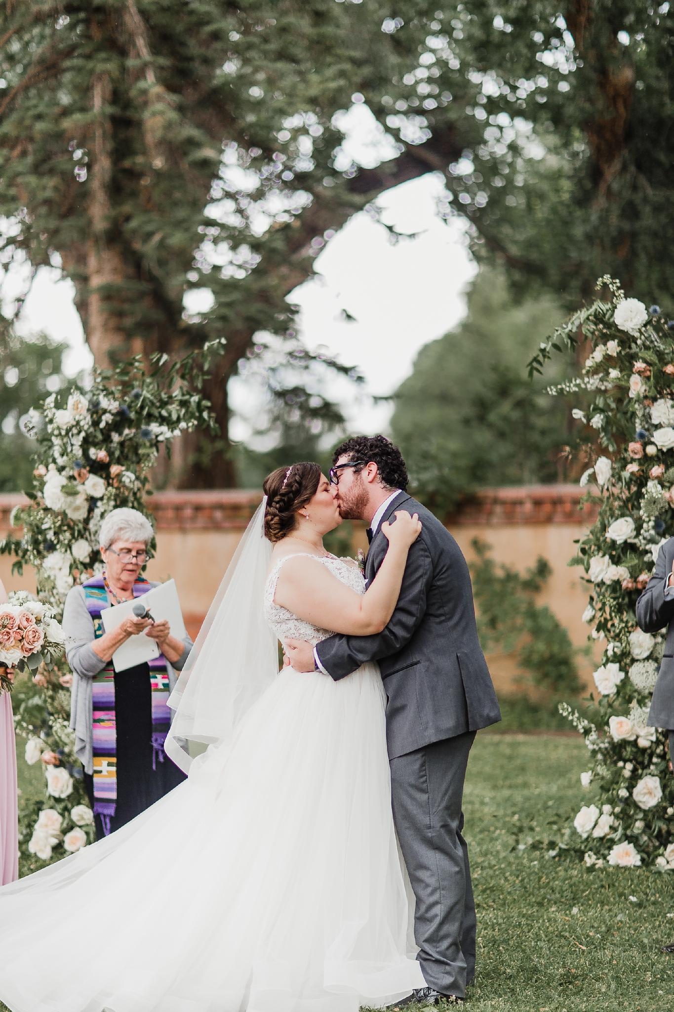 Alicia+lucia+photography+-+albuquerque+wedding+photographer+-+santa+fe+wedding+photography+-+new+mexico+wedding+photographer+-+new+mexico+wedding+-+summer+wedding+-+los+poblanos+wedding+-+albuquerque+wedding_0041.jpg