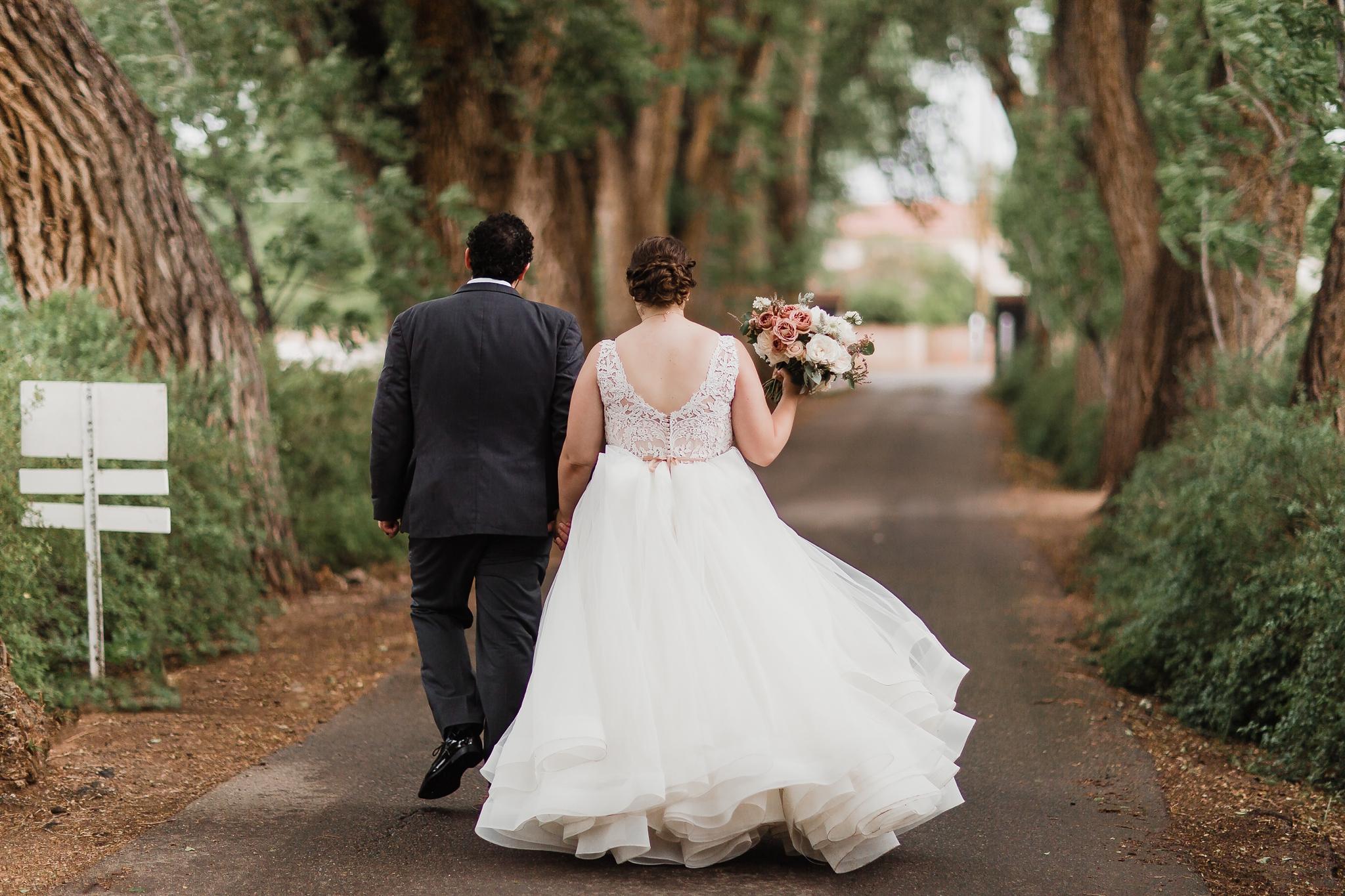 Alicia+lucia+photography+-+albuquerque+wedding+photographer+-+santa+fe+wedding+photography+-+new+mexico+wedding+photographer+-+new+mexico+wedding+-+summer+wedding+-+los+poblanos+wedding+-+albuquerque+wedding_0061.jpg