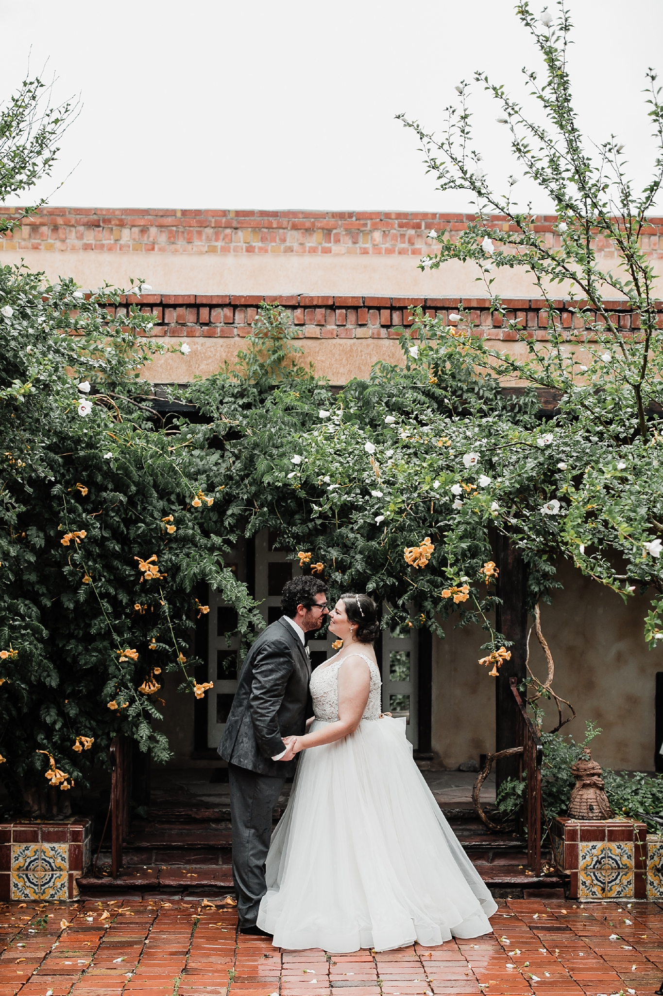 Alicia+lucia+photography+-+albuquerque+wedding+photographer+-+santa+fe+wedding+photography+-+new+mexico+wedding+photographer+-+new+mexico+wedding+-+summer+wedding+-+los+poblanos+wedding+-+albuquerque+wedding_0074.jpg
