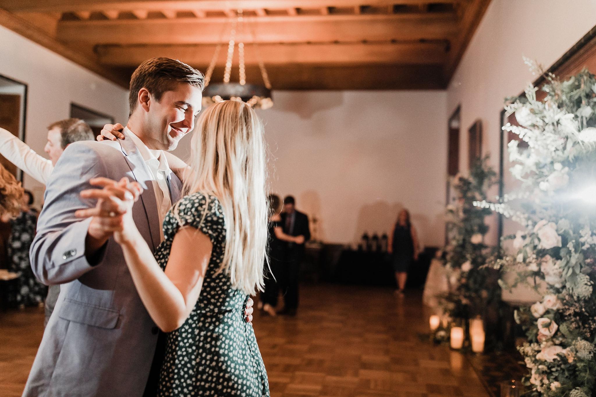 Alicia+lucia+photography+-+albuquerque+wedding+photographer+-+santa+fe+wedding+photography+-+new+mexico+wedding+photographer+-+new+mexico+wedding+-+summer+wedding+-+los+poblanos+wedding+-+albuquerque+wedding_0112.jpg