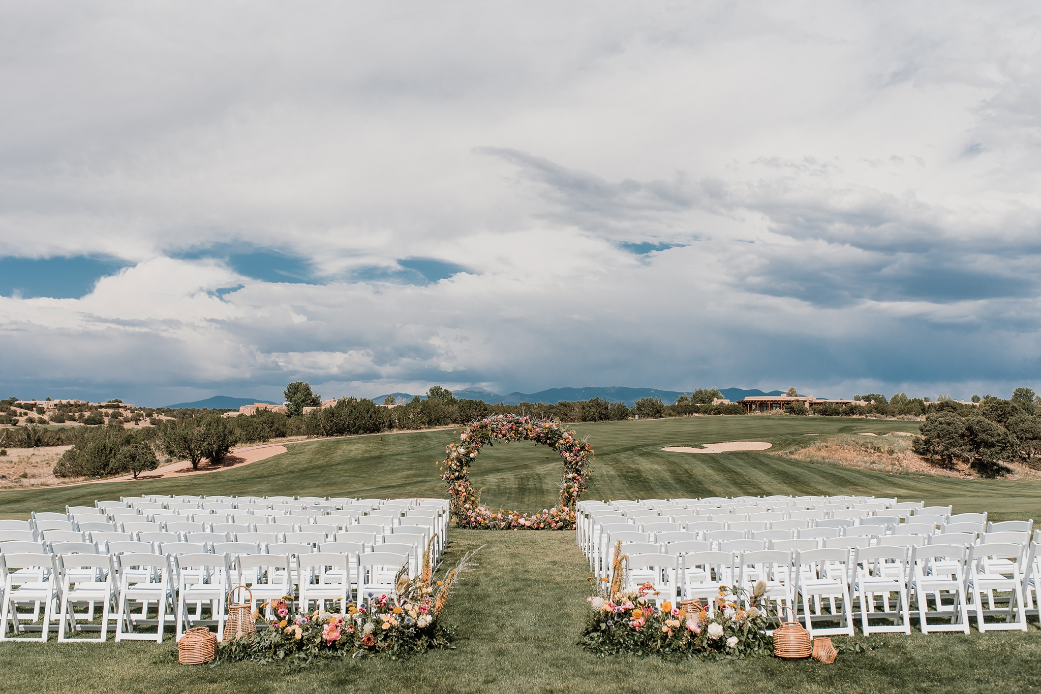 Alicia+lucia+photography+-+albuquerque+wedding+photographer+-+santa+fe+wedding+photography+-+new+mexico+wedding+photographer+-+new+mexico+wedding+-+las+campanas+wedding+-+santa+fe+wedding+-+maximalist+wedding+-+destination+wedding_0044.jpg