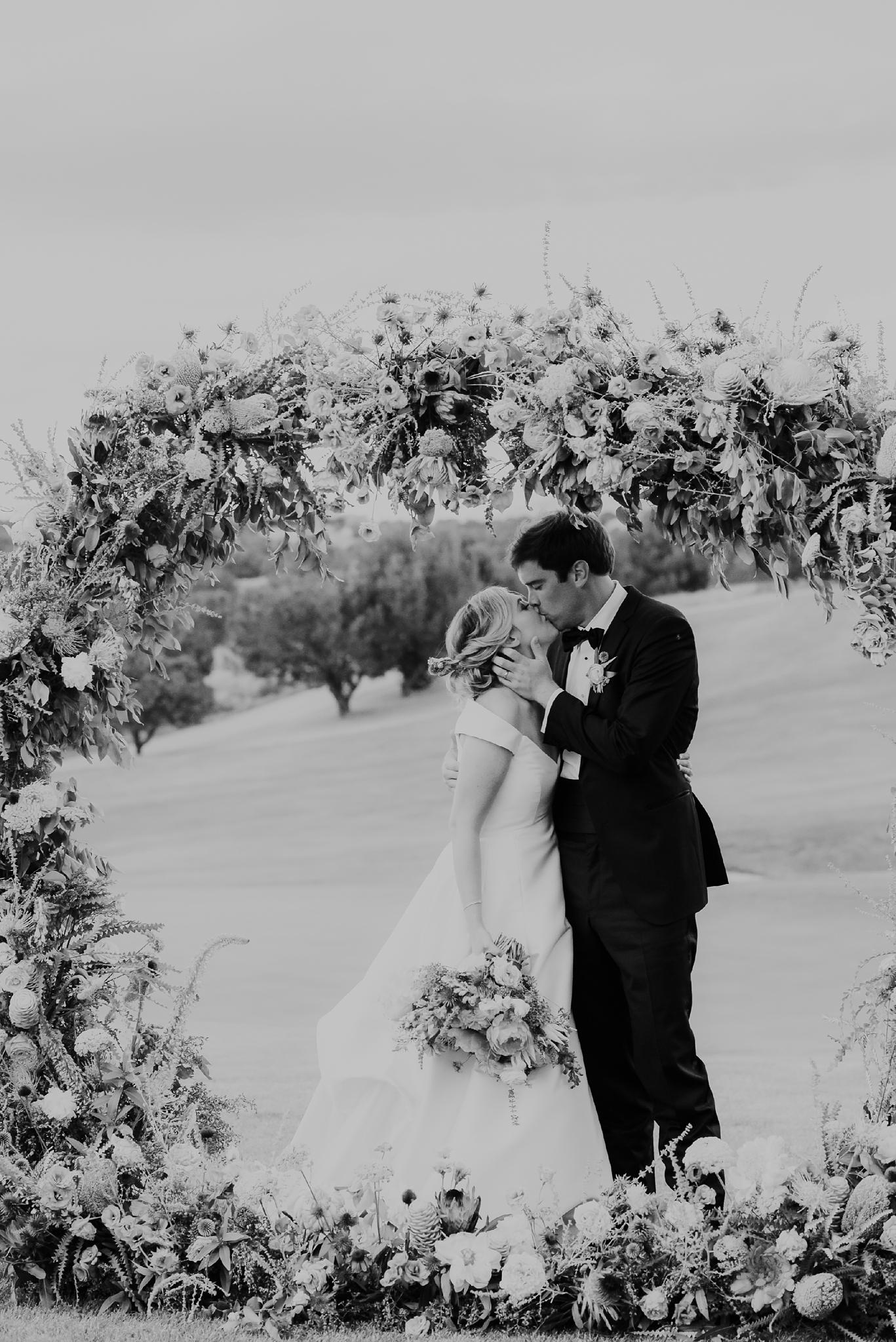 Alicia+lucia+photography+-+albuquerque+wedding+photographer+-+santa+fe+wedding+photography+-+new+mexico+wedding+photographer+-+new+mexico+wedding+-+las+campanas+wedding+-+santa+fe+wedding+-+maximalist+wedding+-+destination+wedding_0093.jpg