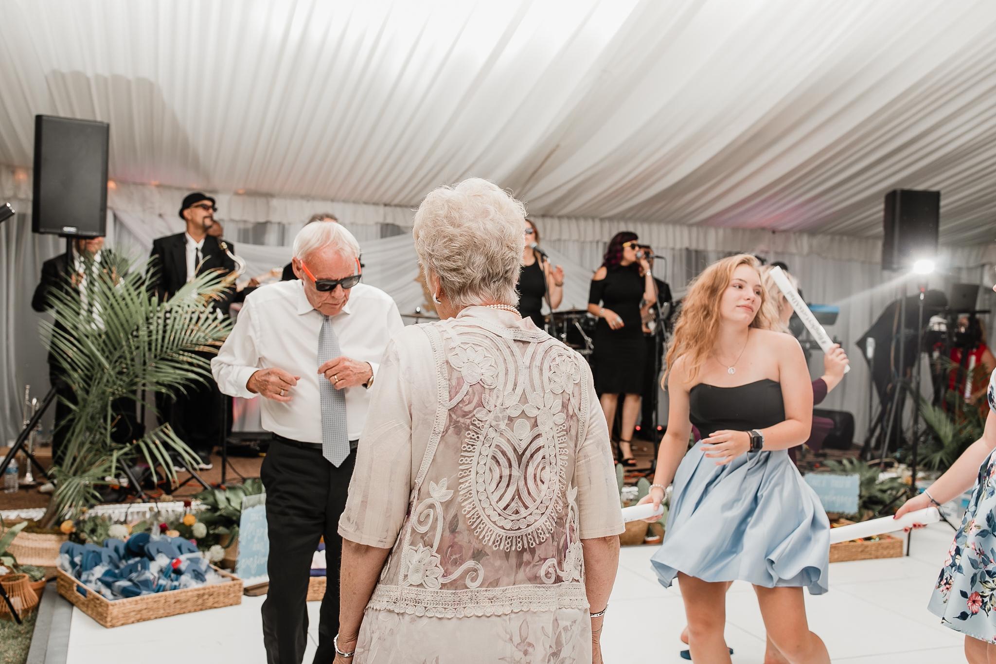 Alicia+lucia+photography+-+albuquerque+wedding+photographer+-+santa+fe+wedding+photography+-+new+mexico+wedding+photographer+-+new+mexico+wedding+-+las+campanas+wedding+-+santa+fe+wedding+-+maximalist+wedding+-+destination+wedding_0159.jpg
