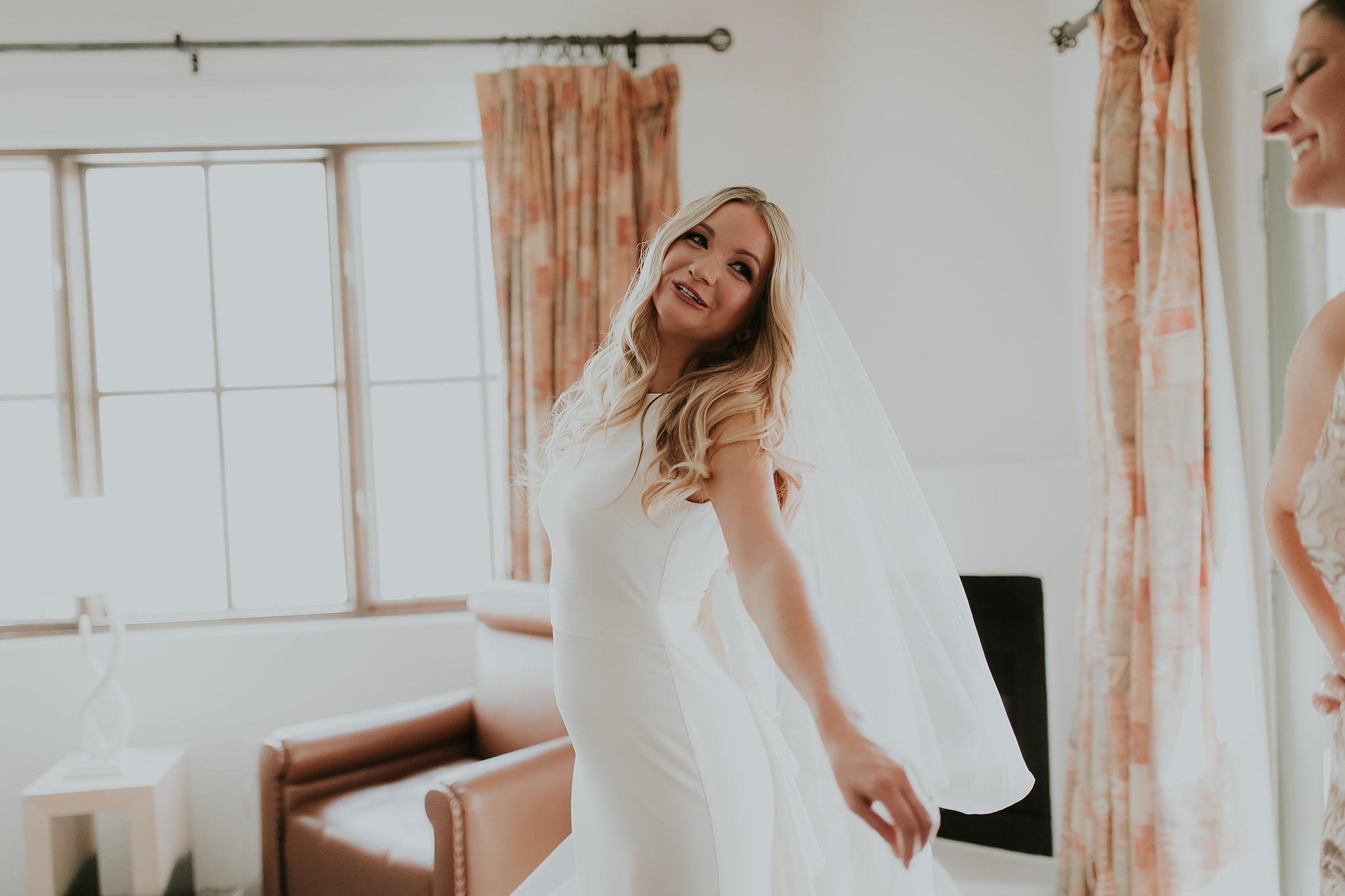 Alicia+lucia+photography+-+albuquerque+wedding+photographer+-+santa+fe+wedding+photography+-+new+mexico+wedding+photographer+-+new+mexico+wedding+-+wedding+makeup+-+makeup+artist+-+wedding+makeup+artist+-+bridal+makeup_0064.jpg