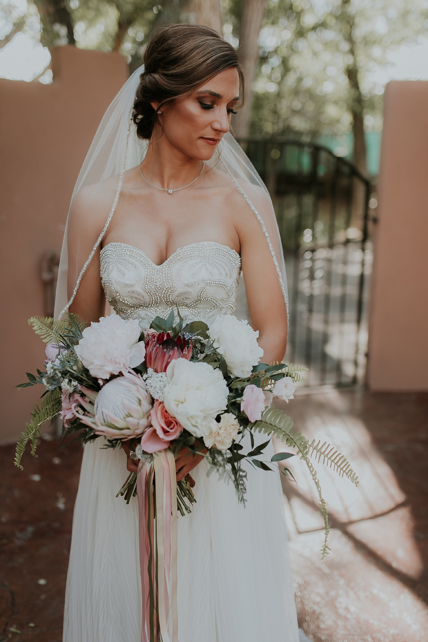 Alicia+lucia+photography+-+albuquerque+wedding+photographer+-+santa+fe+wedding+photography+-+new+mexico+wedding+photographer+-+new+mexico+wedding+-+wedding+makeup+-+makeup+artist+-+wedding+makeup+artist+-+bridal+makeup_0076.jpg