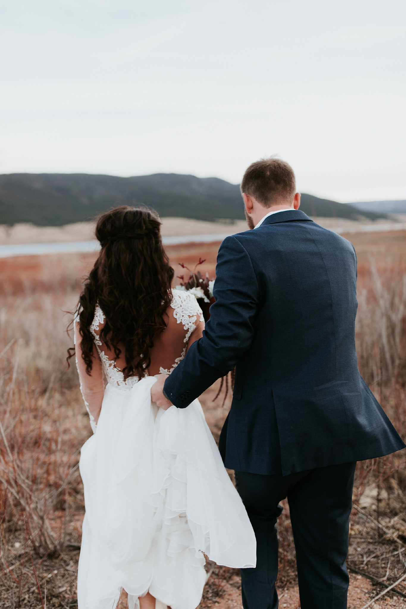 Alicia+lucia+photography+-+albuquerque+wedding+photographer+-+santa+fe+wedding+photography+-+new+mexico+wedding+photographer+-+new+mexico+wedding+-+wedding+gowns+-+bridal+gowns+-+a+line+wedding+gown_0012.jpg