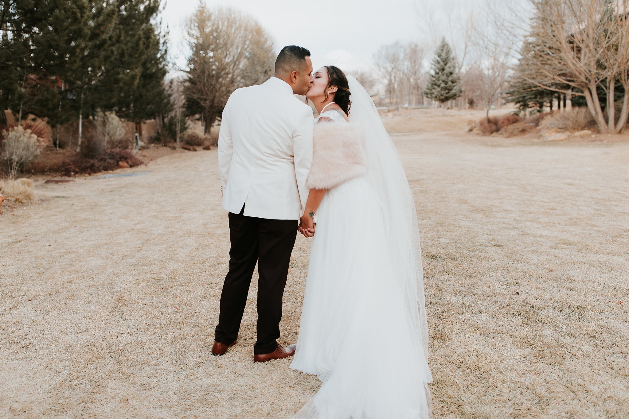 Alicia+lucia+photography+-+albuquerque+wedding+photographer+-+santa+fe+wedding+photography+-+new+mexico+wedding+photographer+-+new+mexico+wedding+-+wedding+gowns+-+bridal+gowns+-+a+line+wedding+gown_0039.jpg