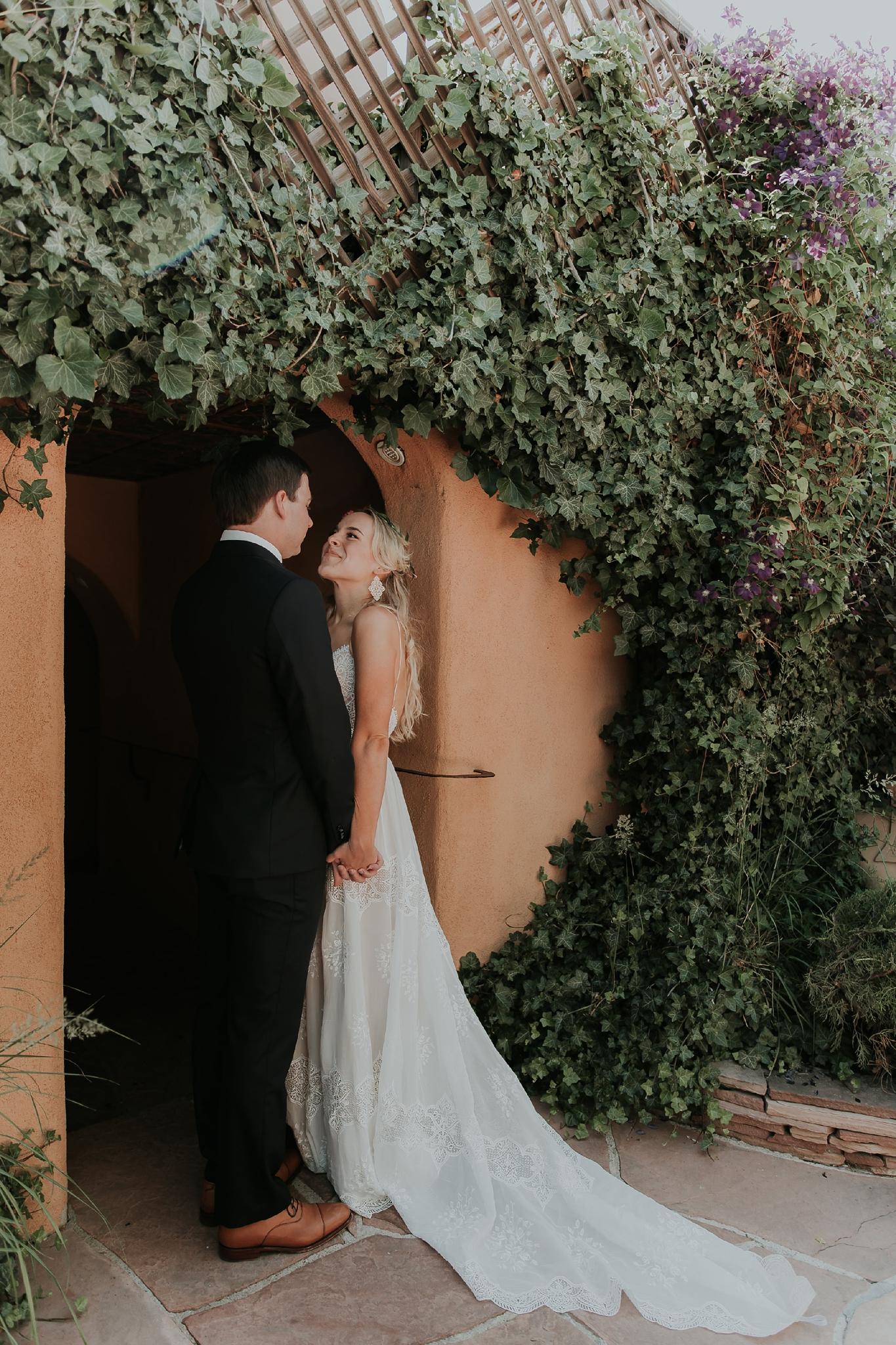 Alicia+lucia+photography+-+albuquerque+wedding+photographer+-+santa+fe+wedding+photography+-+new+mexico+wedding+photographer+-+new+mexico+wedding+-+wedding+gowns+-+bridal+gowns+-+a+line+wedding+gown_0051.jpg