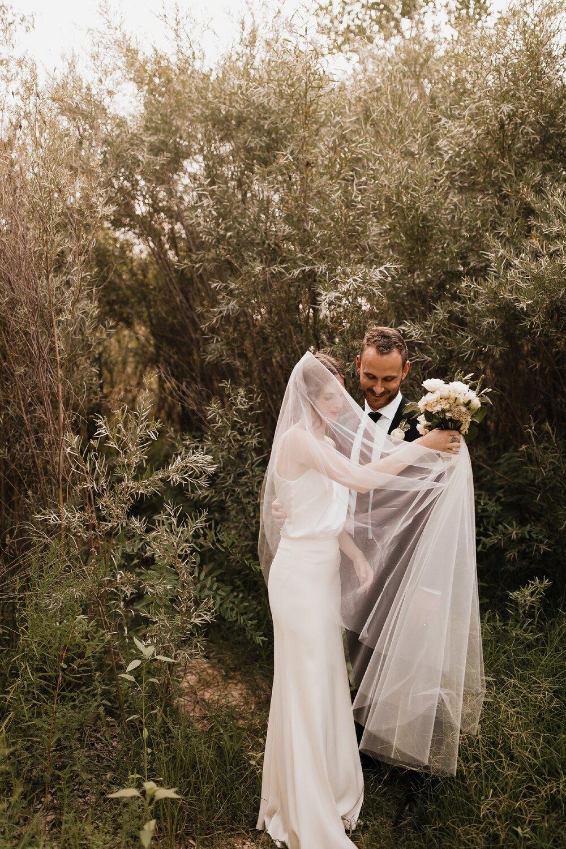 Alicia+lucia+photography+-+albuquerque+wedding+photographer+-+santa+fe+wedding+photography+-+new+mexico+wedding+photographer+-+new+mexico+wedding+-+old+town+wedding+-+casa+de+suenos+wedding+-+hotel+albuquerque+wedding_0071.jpg