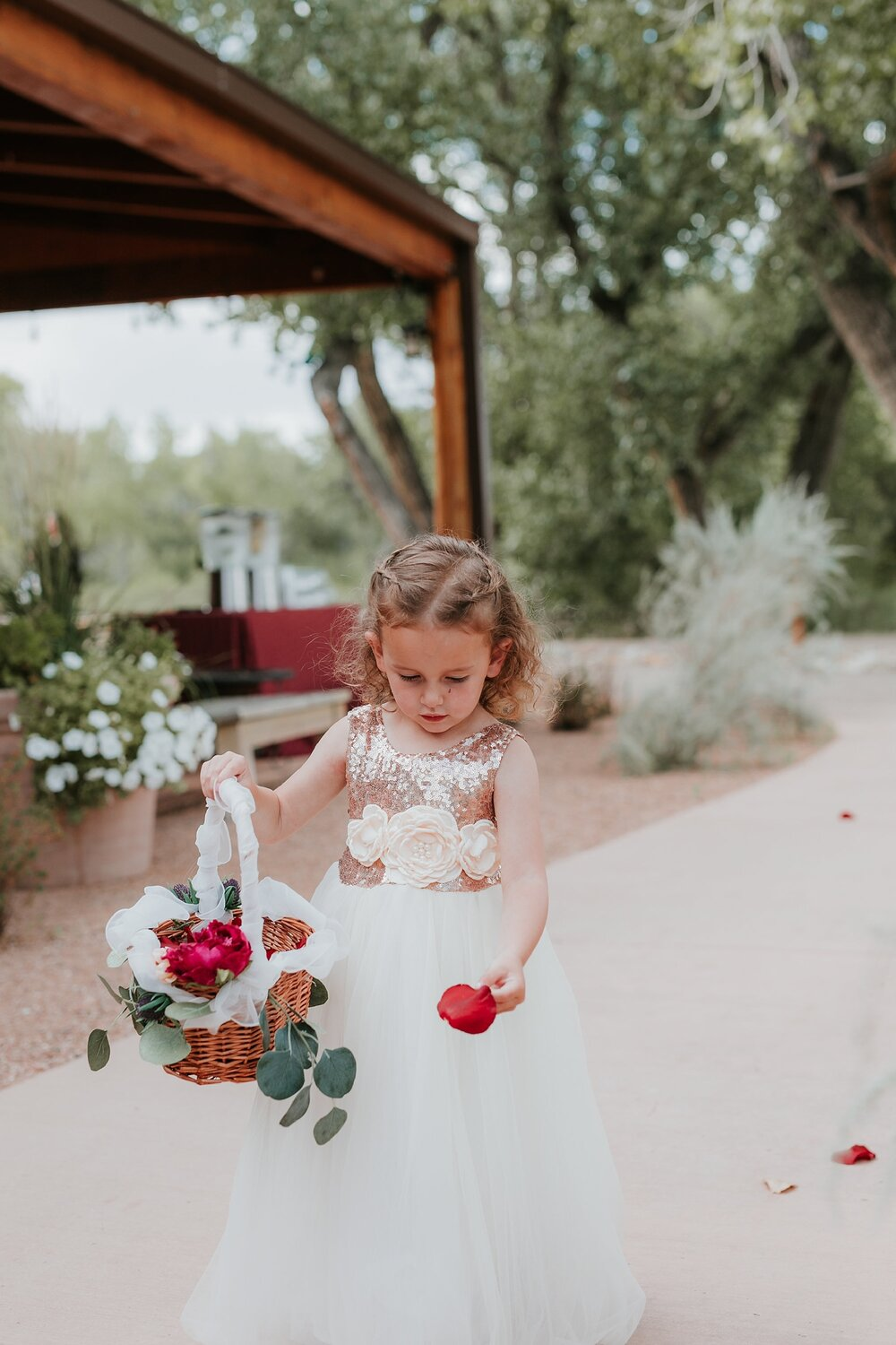 Alicia+lucia+photography+-+albuquerque+wedding+photographer+-+santa+fe+wedding+photography+-+new+mexico+wedding+photographer+-+new+mexico+wedding+-+fall+wedding+-+fall+wedding+florals+-+wedding+florals_0081.jpg