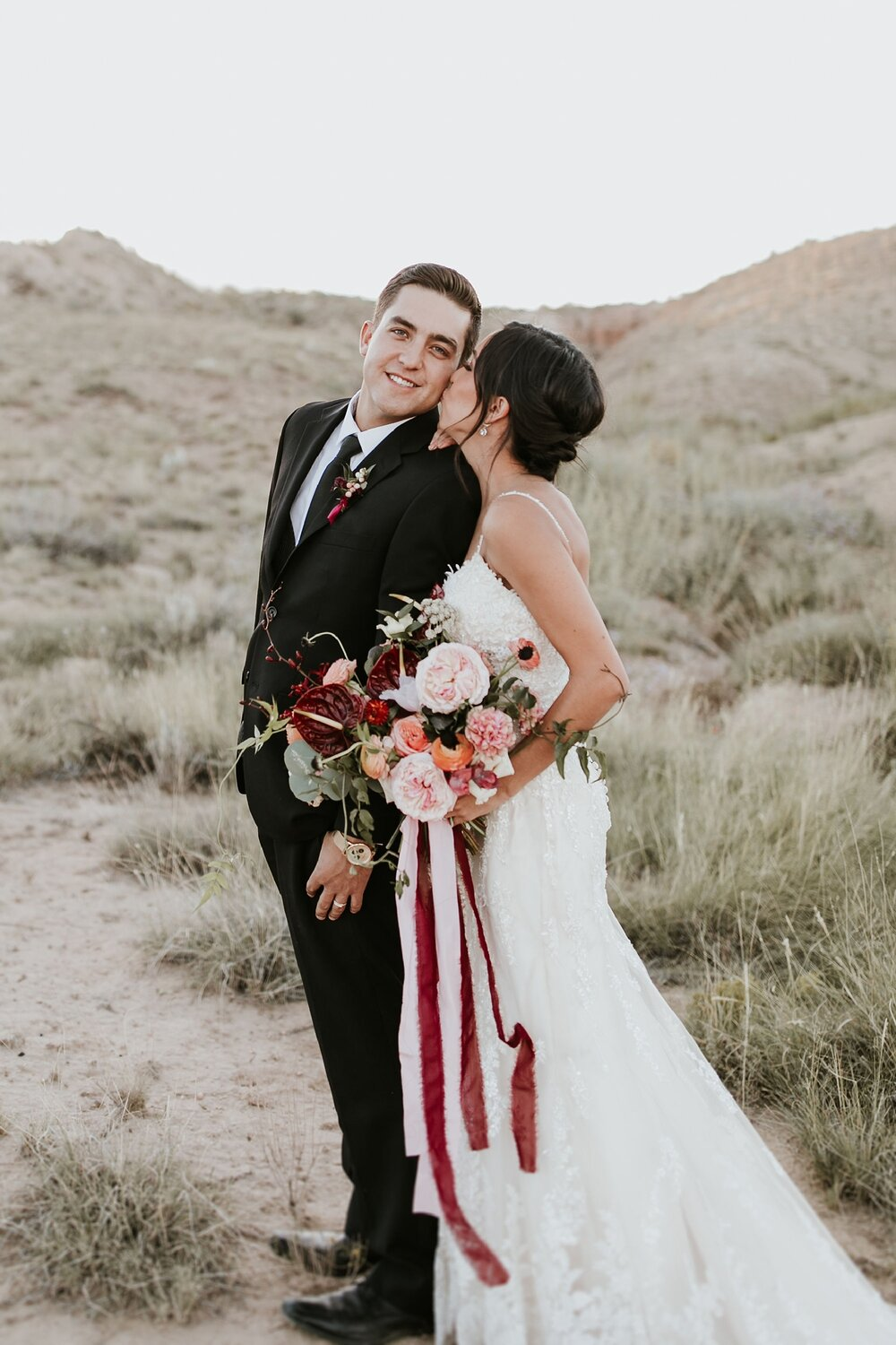 Alicia+lucia+photography+-+albuquerque+wedding+photographer+-+santa+fe+wedding+photography+-+new+mexico+wedding+photographer+-+new+mexico+wedding+-+fall+wedding+-+fall+wedding+florals+-+wedding+florals_0086.jpg