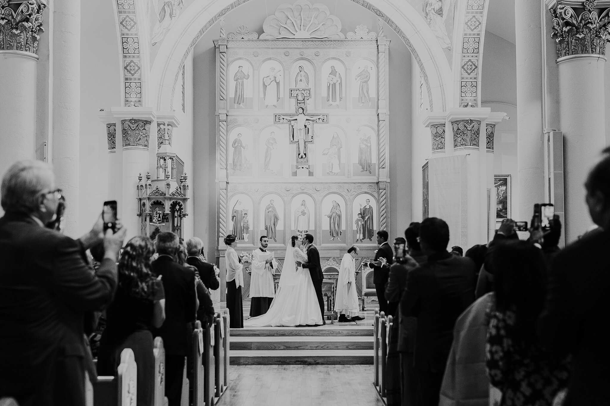 Alicia+lucia+photography+-+albuquerque+wedding+photographer+-+santa+fe+wedding+photography+-+new+mexico+wedding+photographer+-+new+mexico+wedding+-+hindu+wedding+-+catholic+wedding+-+multicultural+wedding+-+santa+fe+wedding_0035.jpg