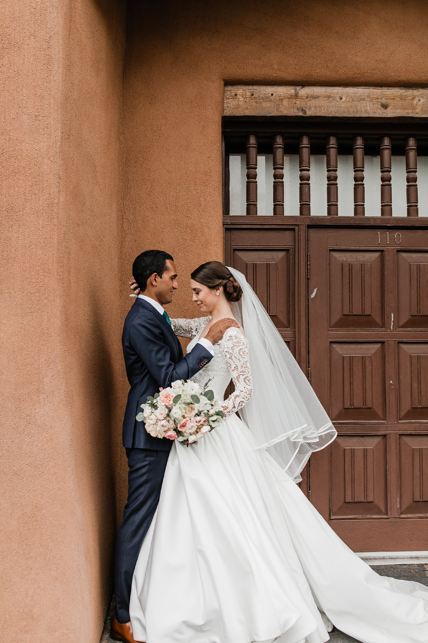 Alicia+lucia+photography+-+albuquerque+wedding+photographer+-+santa+fe+wedding+photography+-+new+mexico+wedding+photographer+-+new+mexico+wedding+-+hindu+wedding+-+catholic+wedding+-+multicultural+wedding+-+santa+fe+wedding_0081.jpg