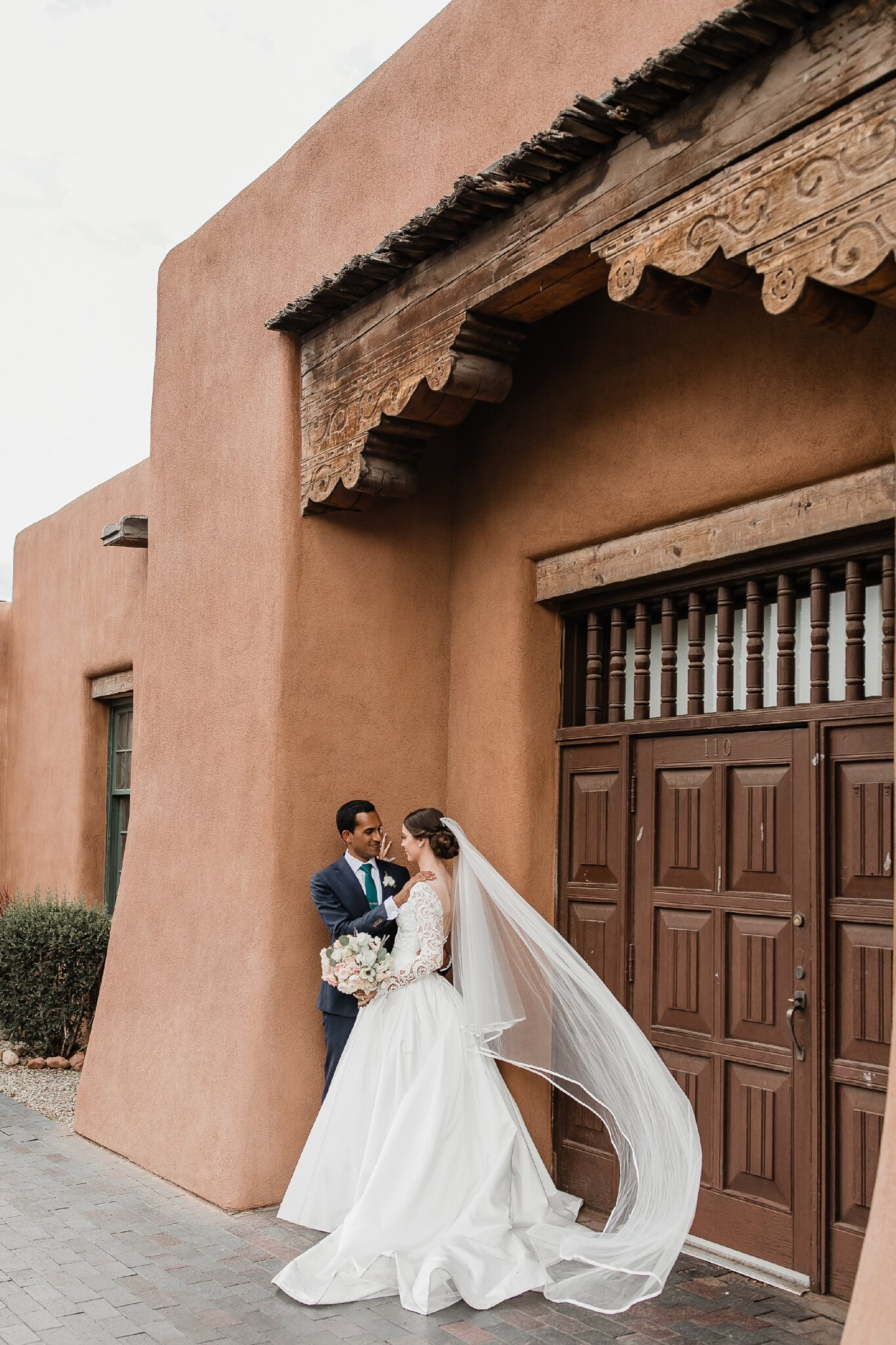Alicia+lucia+photography+-+albuquerque+wedding+photographer+-+santa+fe+wedding+photography+-+new+mexico+wedding+photographer+-+new+mexico+wedding+-+hindu+wedding+-+catholic+wedding+-+multicultural+wedding+-+santa+fe+wedding_0087.jpg