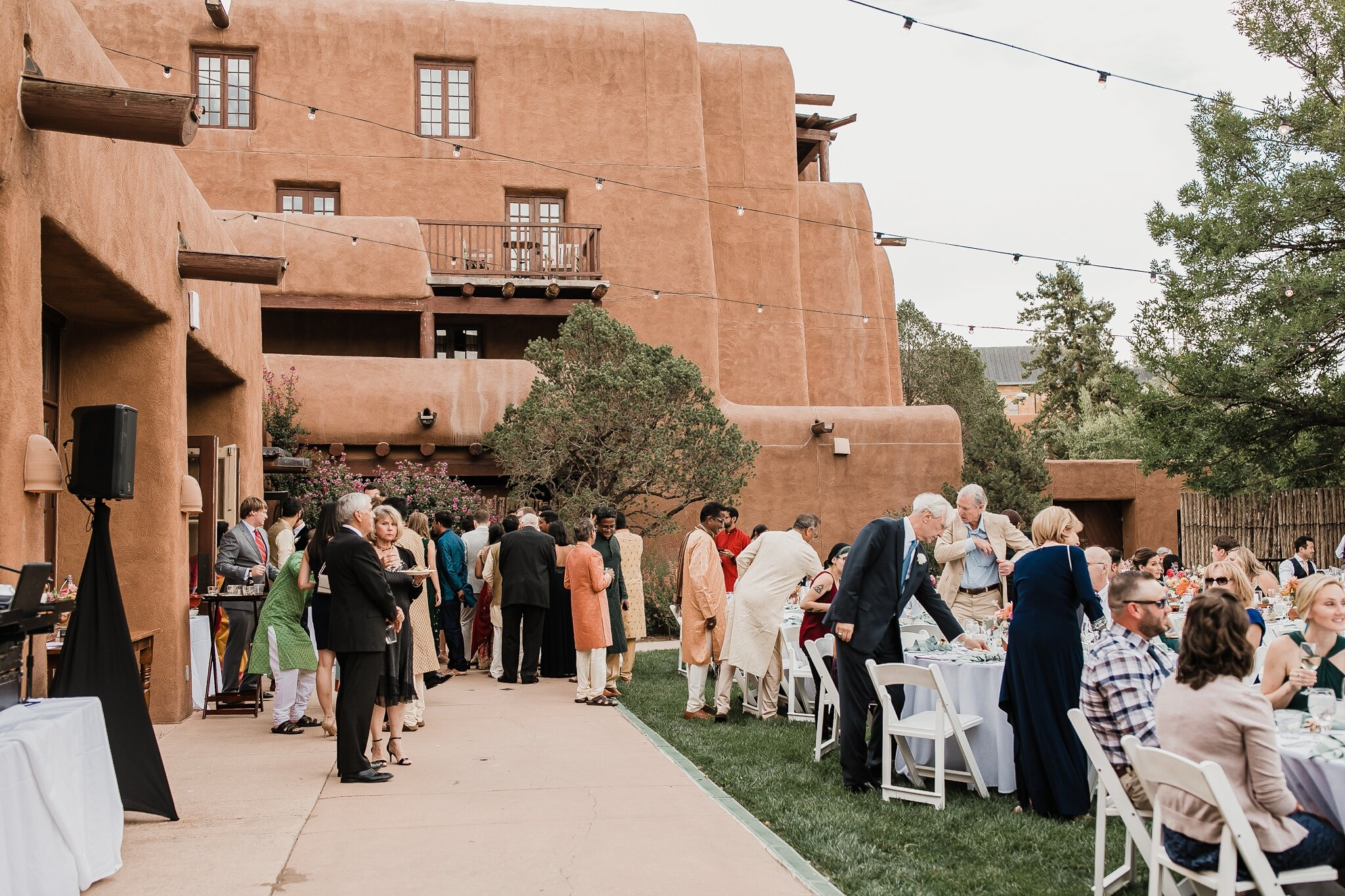 Alicia+lucia+photography+-+albuquerque+wedding+photographer+-+santa+fe+wedding+photography+-+new+mexico+wedding+photographer+-+new+mexico+wedding+-+hindu+wedding+-+catholic+wedding+-+multicultural+wedding+-+santa+fe+wedding_0114.jpg
