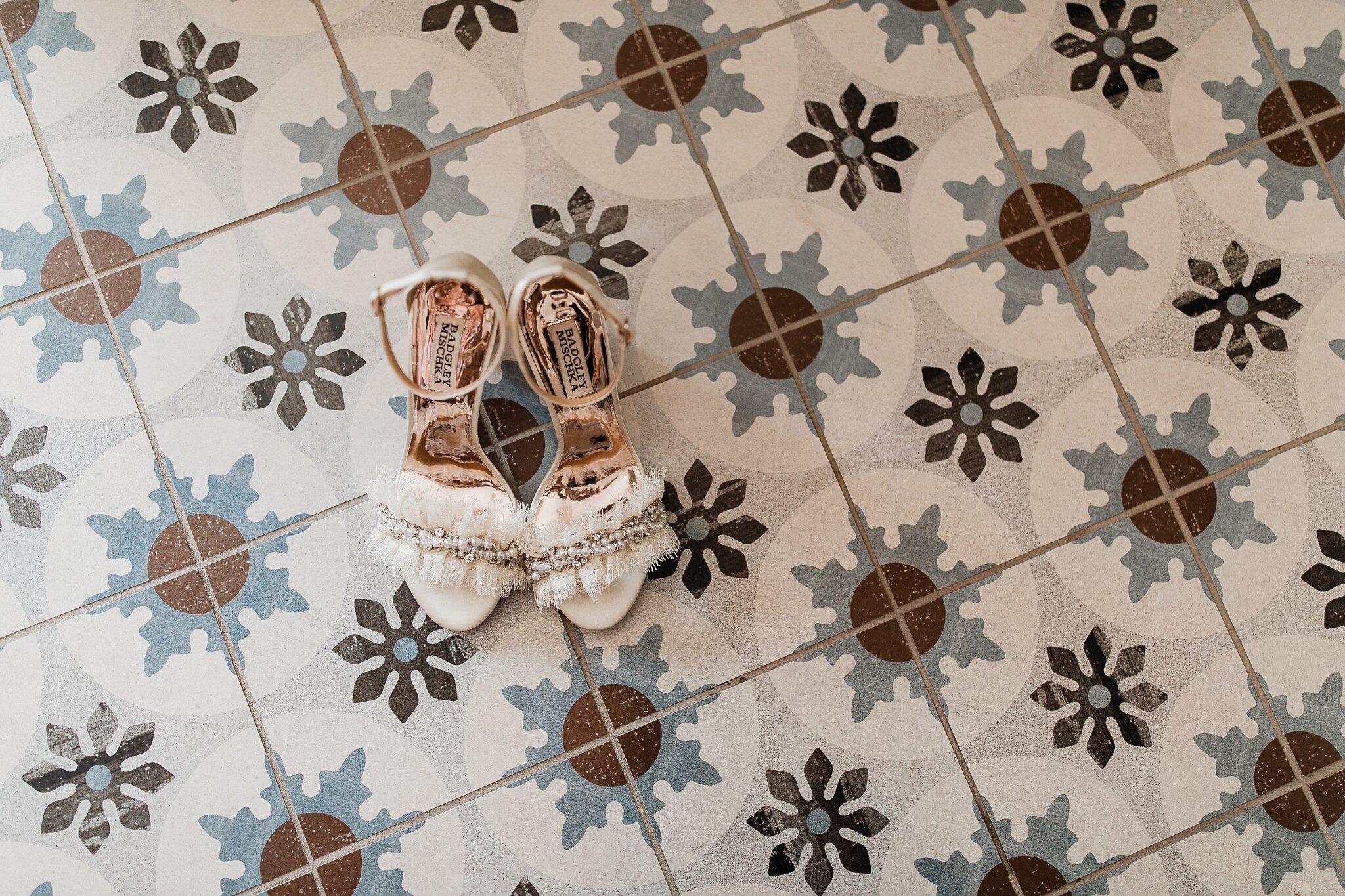 Alicia+lucia+photography+-+albuquerque+wedding+photographer+-+santa+fe+wedding+photography+-+new+mexico+wedding+photographer+-+new+mexico+wedding+-+bed+and+breakfast+wedding+-+sarabande+wedding+-+sarabande+bed+and+breakfast+wedding_0009.jpg