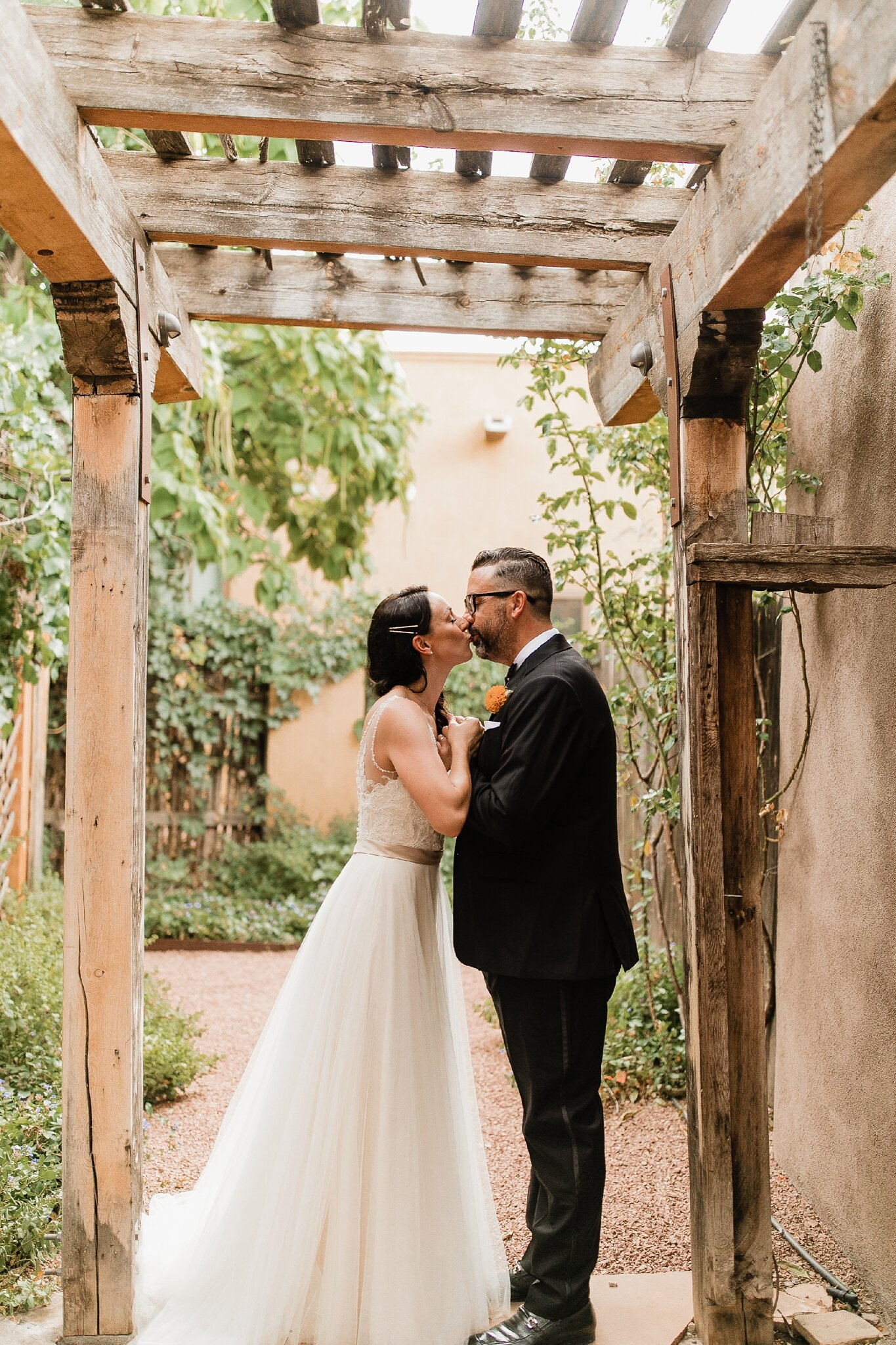 Alicia+lucia+photography+-+albuquerque+wedding+photographer+-+santa+fe+wedding+photography+-+new+mexico+wedding+photographer+-+new+mexico+wedding+-+bed+and+breakfast+wedding+-+sarabande+wedding+-+sarabande+bed+and+breakfast+wedding_0050.jpg