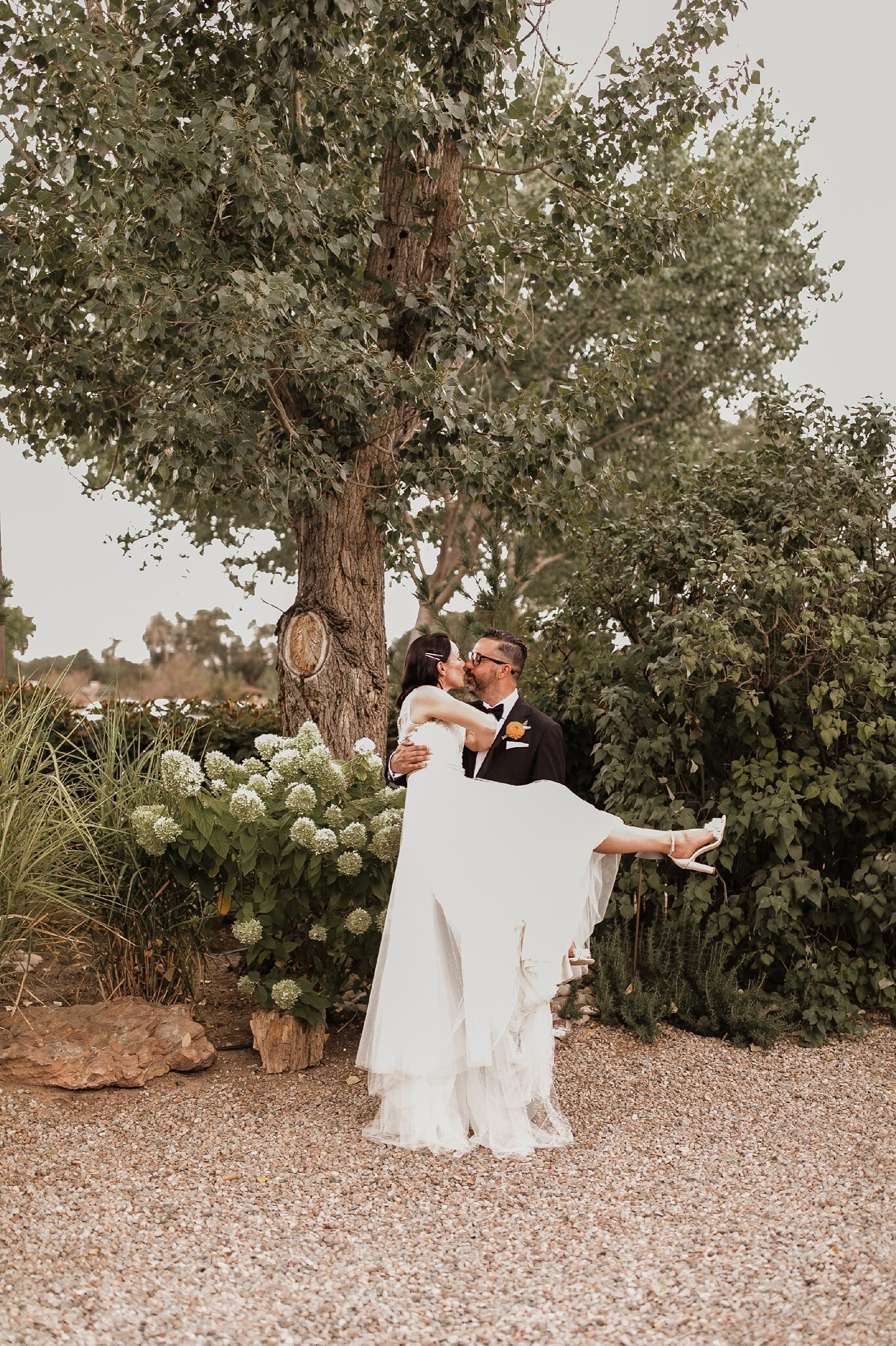Alicia+lucia+photography+-+albuquerque+wedding+photographer+-+santa+fe+wedding+photography+-+new+mexico+wedding+photographer+-+new+mexico+wedding+-+bed+and+breakfast+wedding+-+sarabande+wedding+-+sarabande+bed+and+breakfast+wedding_0077.jpg