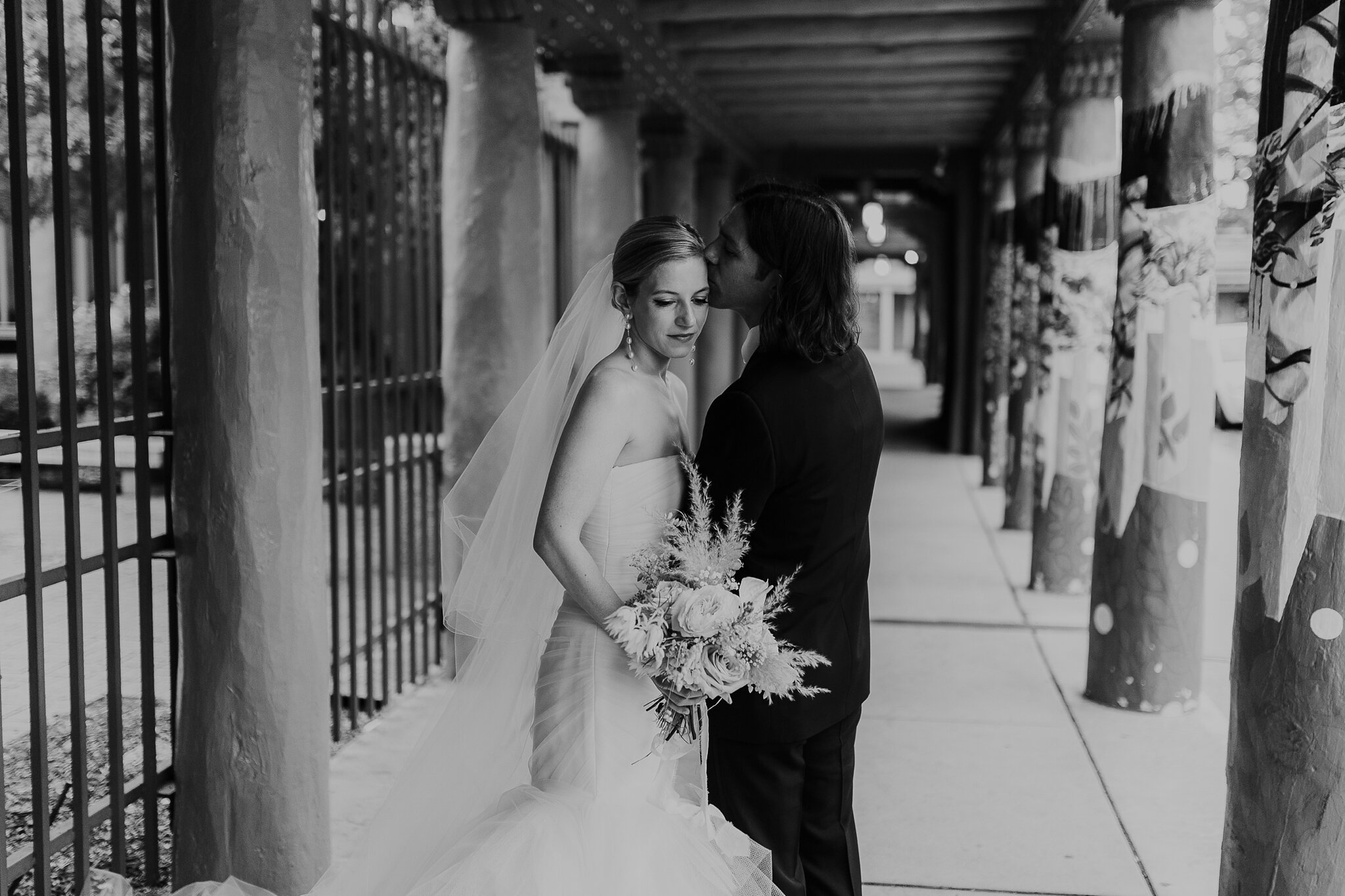 Alicia+lucia+photography+-+albuquerque+wedding+photographer+-+santa+fe+wedding+photography+-+new+mexico+wedding+photographer+-+new+mexico+wedding+-+la+fonda+wedding+-+la+fonda+on+the+plaza+-+santa+fe+wedding+-+brooklyn+bride_0086.jpg