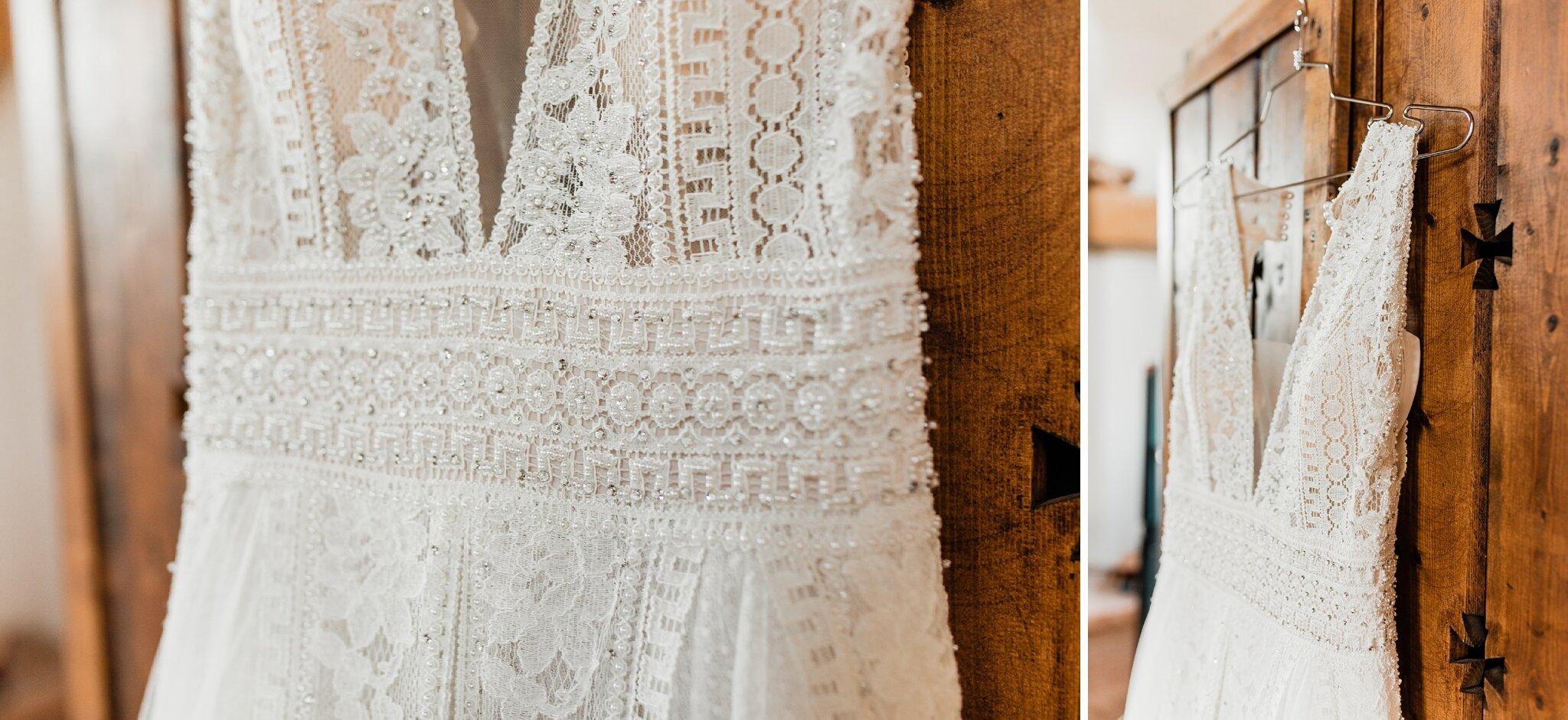 Alicia+lucia+photography+-+albuquerque+wedding+photographer+-+santa+fe+wedding+photography+-+new+mexico+wedding+photographer+-+new+mexico+wedding+-+wedding+-+santa+fe+wedding+-+ghost+ranch+-+ghost+ranch+wedding+-+fall+wedding_0005.jpg