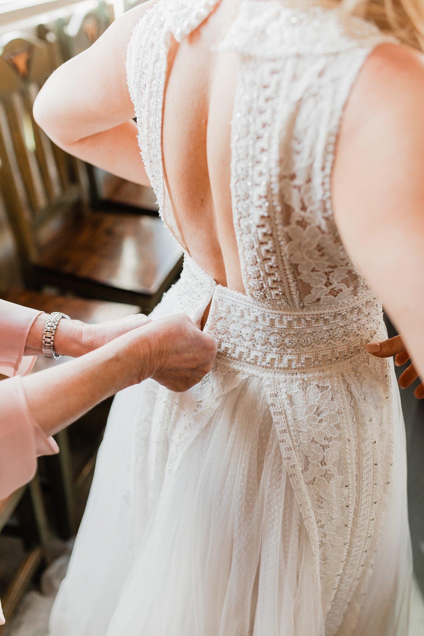 Alicia+lucia+photography+-+albuquerque+wedding+photographer+-+santa+fe+wedding+photography+-+new+mexico+wedding+photographer+-+new+mexico+wedding+-+wedding+-+santa+fe+wedding+-+ghost+ranch+-+ghost+ranch+wedding+-+fall+wedding_0010.jpg