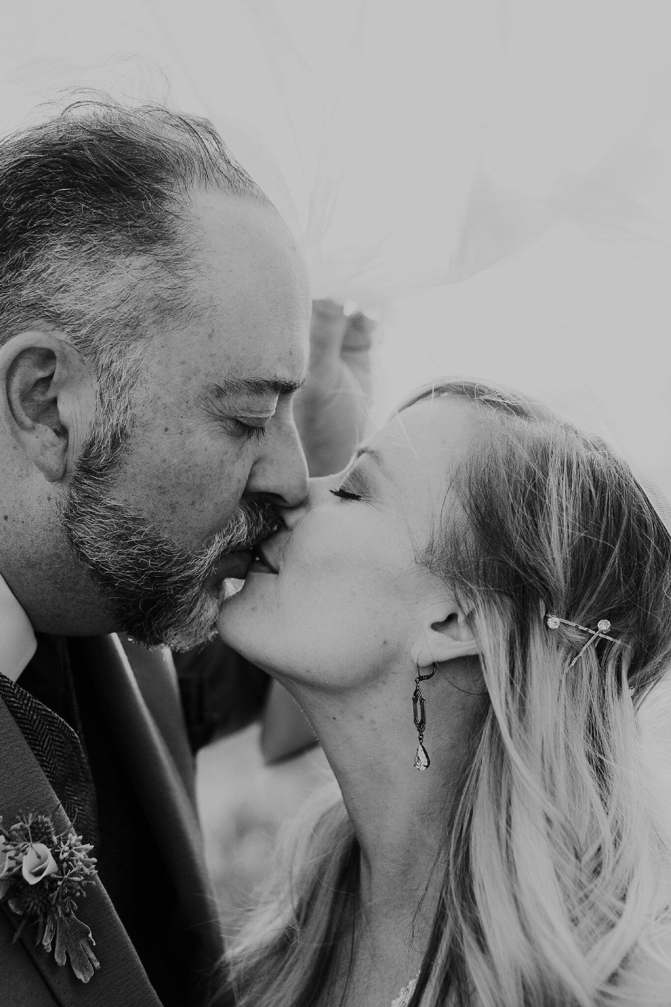 Alicia+lucia+photography+-+albuquerque+wedding+photographer+-+santa+fe+wedding+photography+-+new+mexico+wedding+photographer+-+new+mexico+wedding+-+wedding+-+santa+fe+wedding+-+ghost+ranch+-+ghost+ranch+wedding+-+fall+wedding_0056.jpg