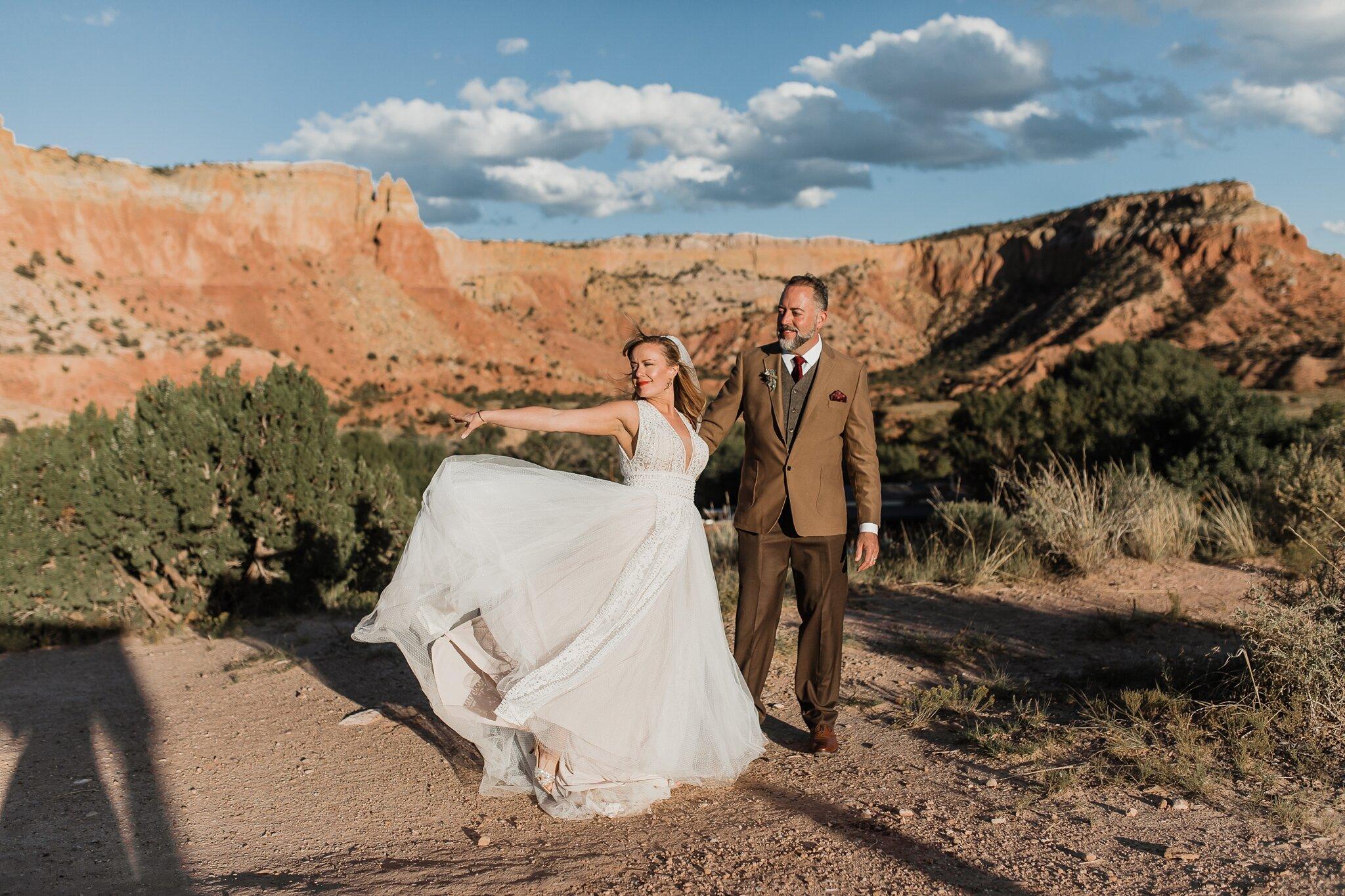 Alicia+lucia+photography+-+albuquerque+wedding+photographer+-+santa+fe+wedding+photography+-+new+mexico+wedding+photographer+-+new+mexico+wedding+-+wedding+-+santa+fe+wedding+-+ghost+ranch+-+ghost+ranch+wedding+-+fall+wedding_0063.jpg