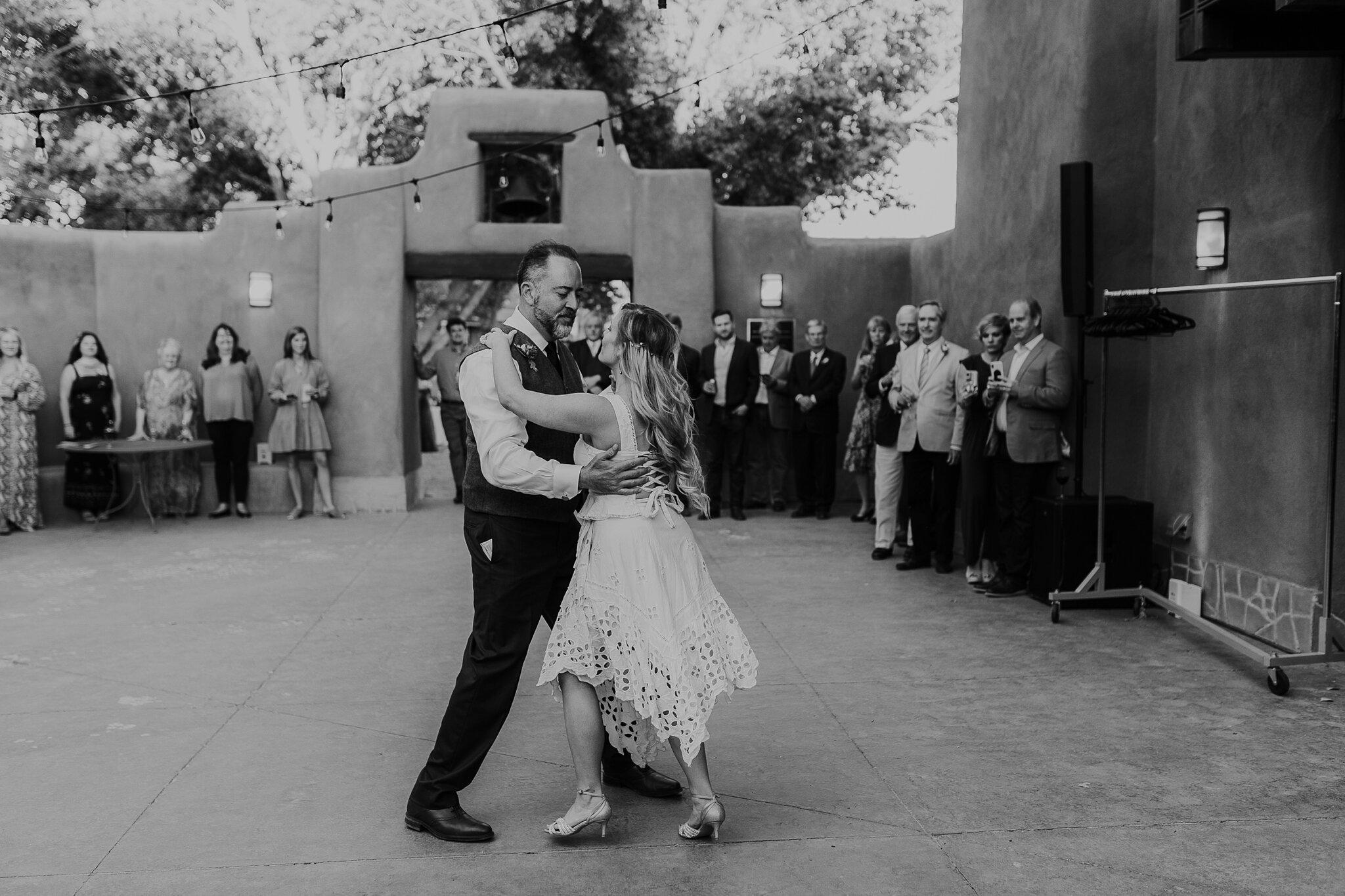 Alicia+lucia+photography+-+albuquerque+wedding+photographer+-+santa+fe+wedding+photography+-+new+mexico+wedding+photographer+-+new+mexico+wedding+-+wedding+-+santa+fe+wedding+-+ghost+ranch+-+ghost+ranch+wedding+-+fall+wedding_0084.jpg
