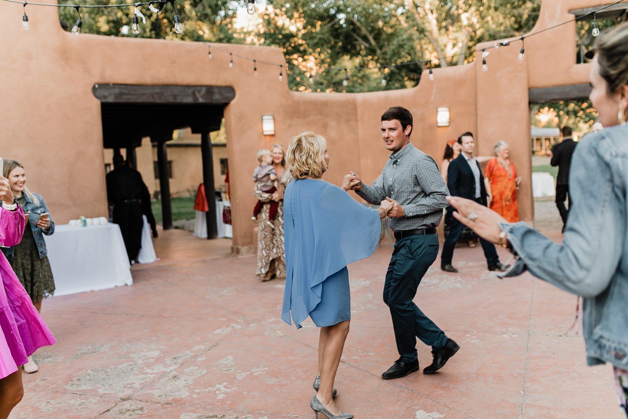 Alicia+lucia+photography+-+albuquerque+wedding+photographer+-+santa+fe+wedding+photography+-+new+mexico+wedding+photographer+-+new+mexico+wedding+-+wedding+-+santa+fe+wedding+-+ghost+ranch+-+ghost+ranch+wedding+-+fall+wedding_0088.jpg