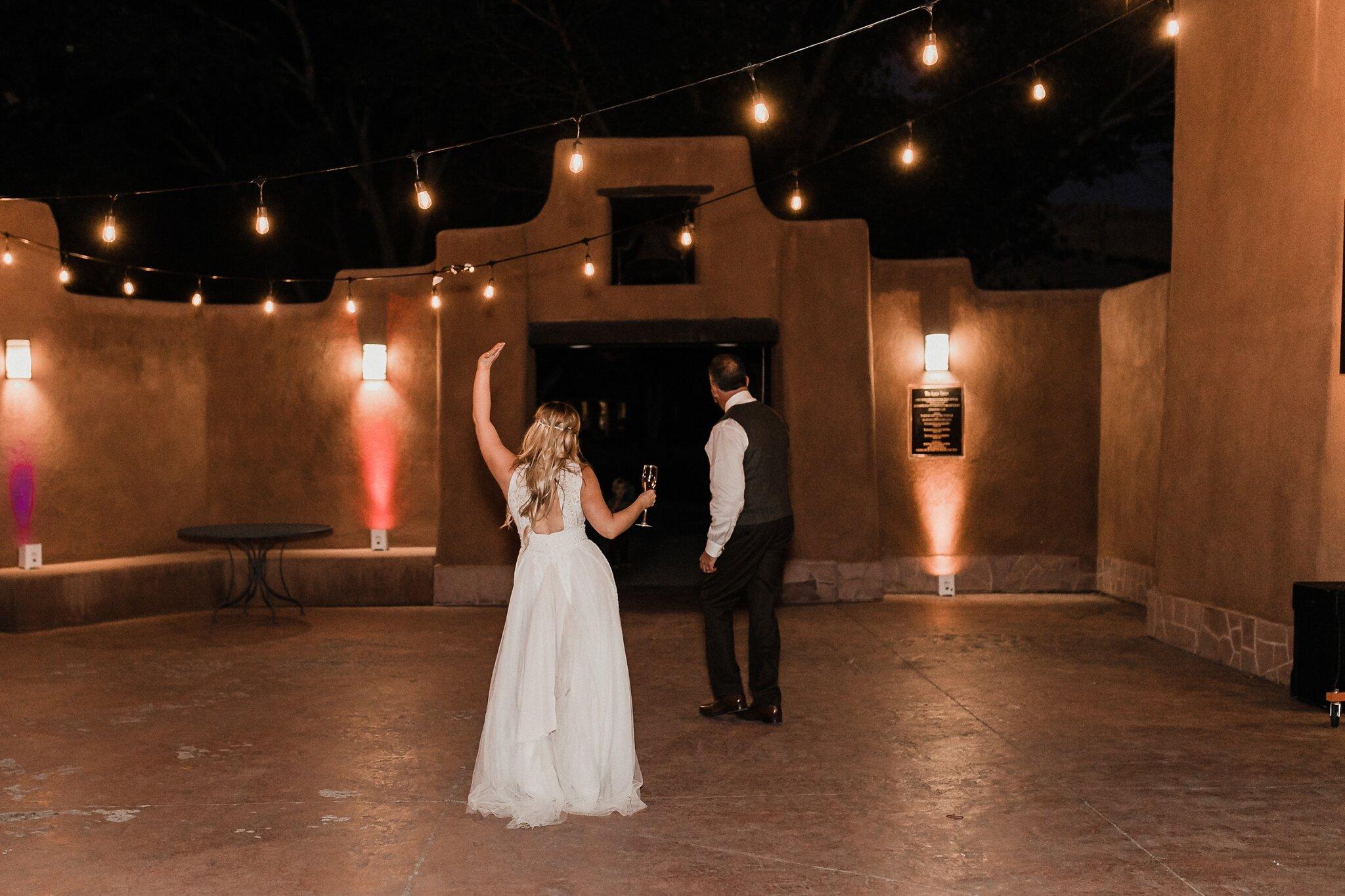 Alicia+lucia+photography+-+albuquerque+wedding+photographer+-+santa+fe+wedding+photography+-+new+mexico+wedding+photographer+-+new+mexico+wedding+-+wedding+-+santa+fe+wedding+-+ghost+ranch+-+ghost+ranch+wedding+-+fall+wedding_0096.jpg