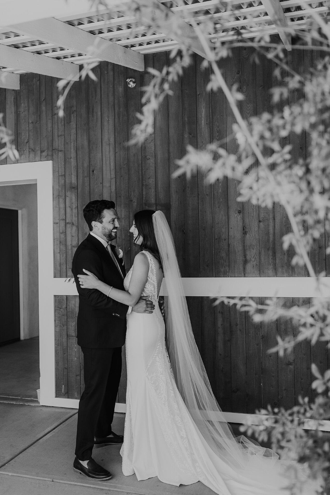 Alicia+lucia+photography+-+albuquerque+wedding+photographer+-+santa+fe+wedding+photography+-+new+mexico+wedding+photographer+-+new+mexico+wedding+-+wedding+-+albuquerque+wedding+-+los+poblanos+-+los+poblanos+wedding+-+fall+wedding_0030.jpg