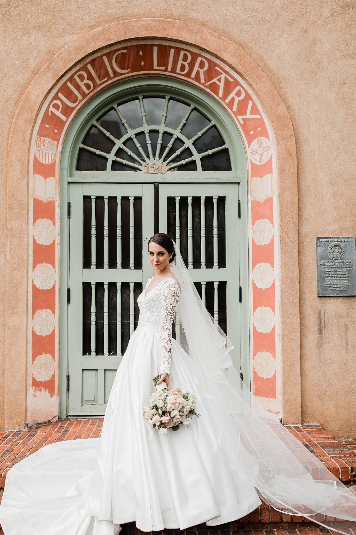 Alicia+lucia+photography+-+albuquerque+wedding+photographer+-+santa+fe+wedding+photography+-+new+mexico+wedding+photographer+-+new+mexico+wedding+-+wedding+-+bridal+gown+-+wedding+gown+-+ballgown+wedding+gown+-+ballgown+bridal+gown_0008.jpg