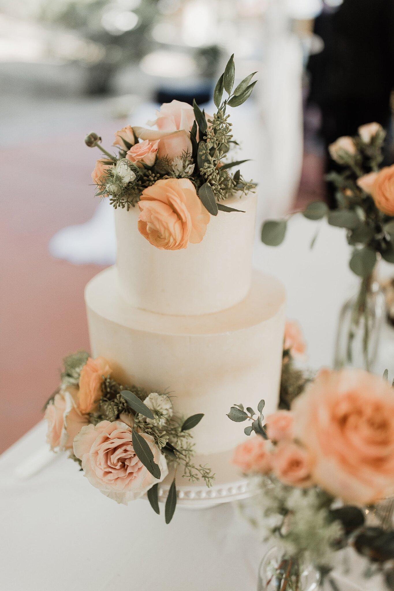 Alicia+lucia+photography+-+albuquerque+wedding+photographer+-+santa+fe+wedding+photography+-+new+mexico+wedding+photographer+-+new+mexico+wedding+-+wedding+-+wedding+cakes+-+flroal+cake+-+santa+fe+cake+-+santa+fe+baker_0001.jpg