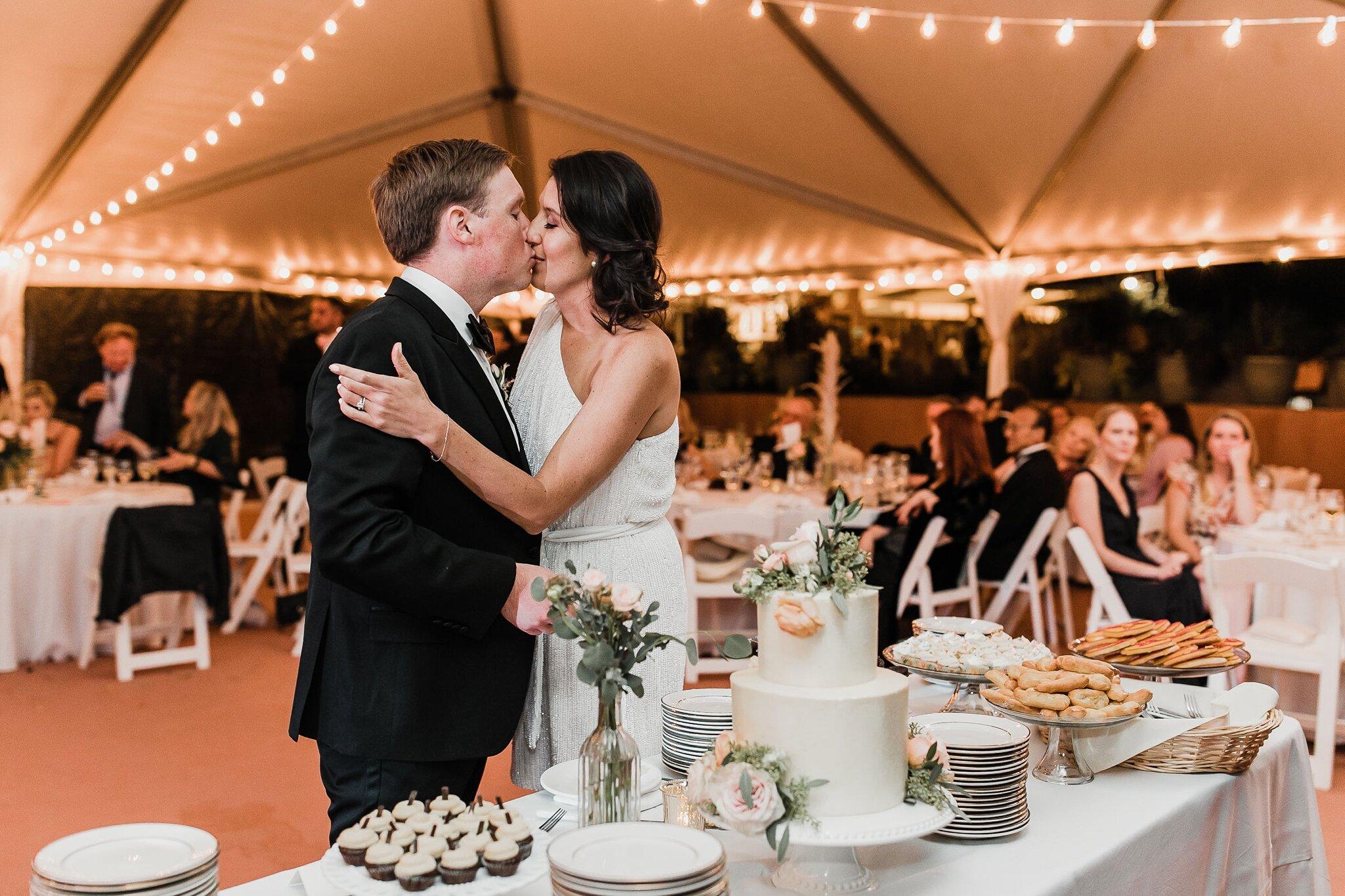 Alicia+lucia+photography+-+albuquerque+wedding+photographer+-+santa+fe+wedding+photography+-+new+mexico+wedding+photographer+-+new+mexico+wedding+-+wedding+-+wedding+cakes+-+flroal+cake+-+santa+fe+cake+-+santa+fe+baker_0004.jpg