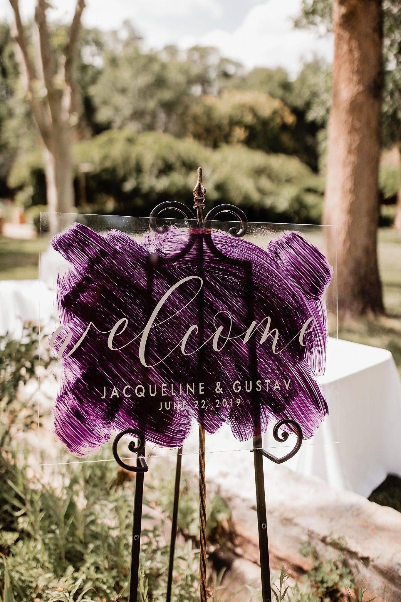 Alicia+lucia+photography+-+albuquerque+wedding+photographer+-+santa+fe+wedding+photography+-+new+mexico+wedding+photographer+-+new+mexico+wedding+-+wedding+signage+-+wedding+signs+-+glass+wedding+signs_0015.jpg