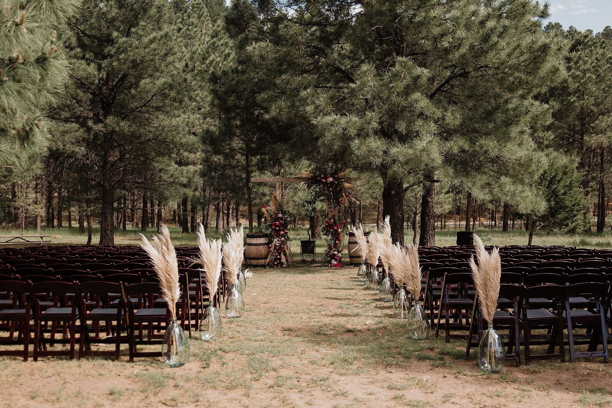 Alicia+lucia+photography+-+albuquerque+wedding+photographer+-+santa+fe+wedding+photography+-+new+mexico+wedding+photographer+-+new+mexico+wedding+-+southwest+wedding+-+destination+wedding+-+wedding+florals+-+pampas+grass+-+desert+wedding_0036.jpg