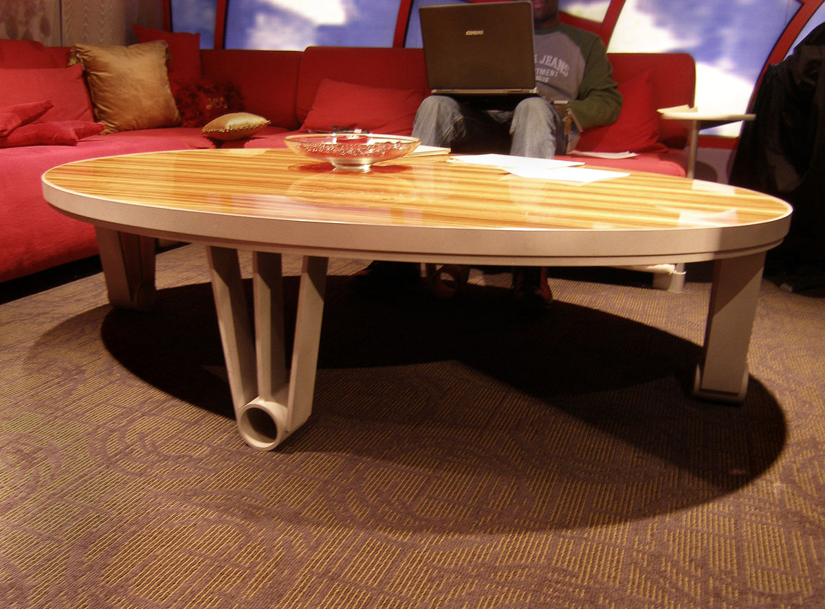 DECO TABLES LARGE - POSH RESTAURANT