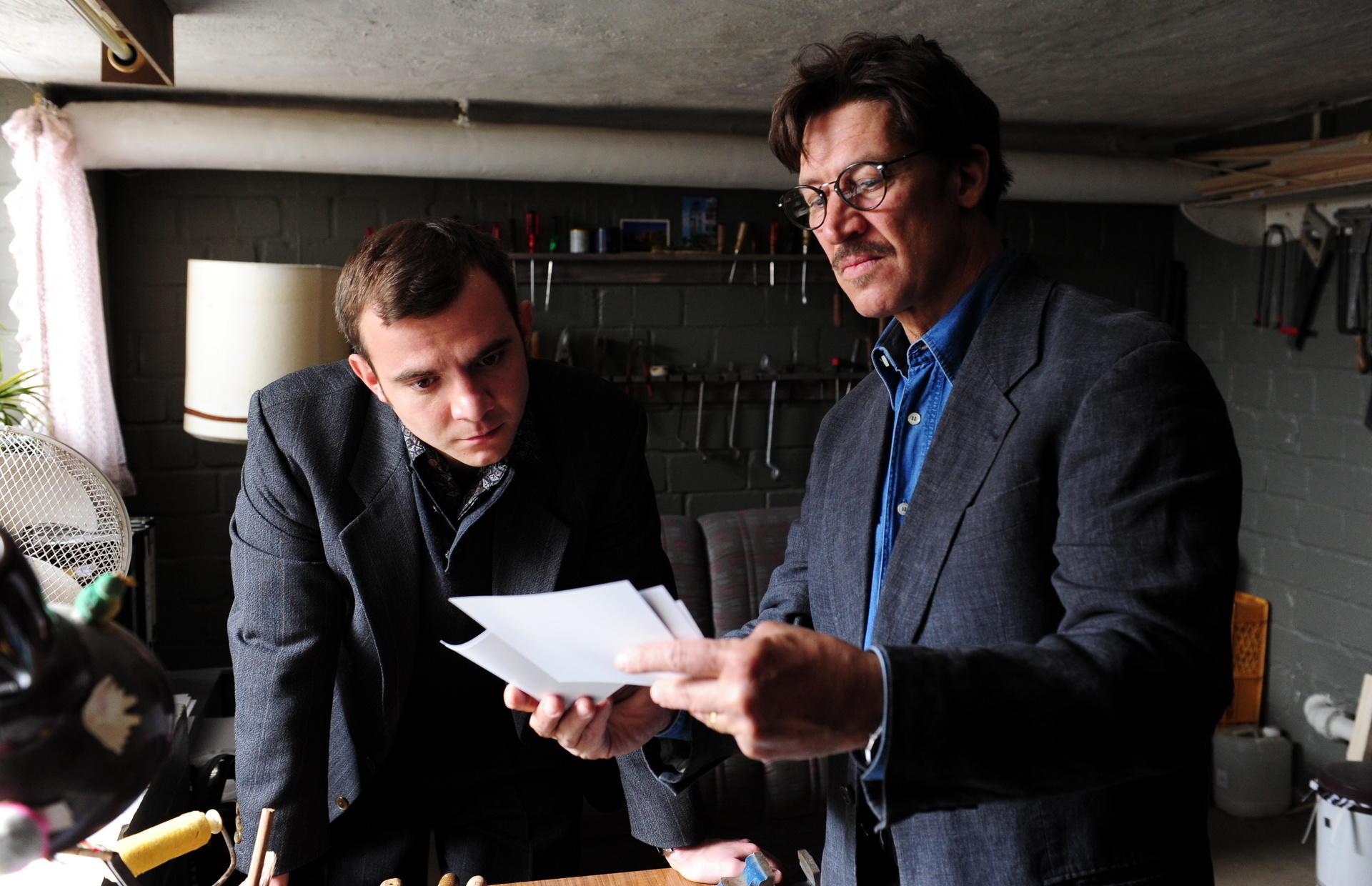 Der Ex-Soldat Vladimir Suworow (Eugen Knecht) hilft Jansen bei seiner verzweifelten Suche